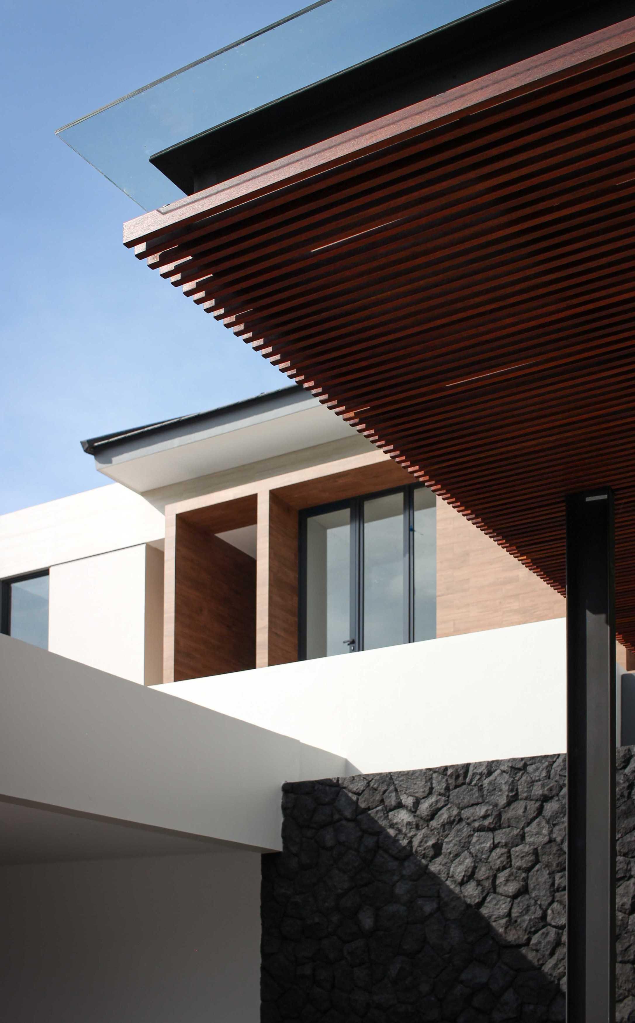 Y0 Design Architect S House Kec. Srono, Kabupaten Banyuwangi, Jawa Timur, Indonesia Kec. Srono, Kabupaten Banyuwangi, Jawa Timur, Indonesia Yohanes-Iswara-Limandjaya-S-House   121096