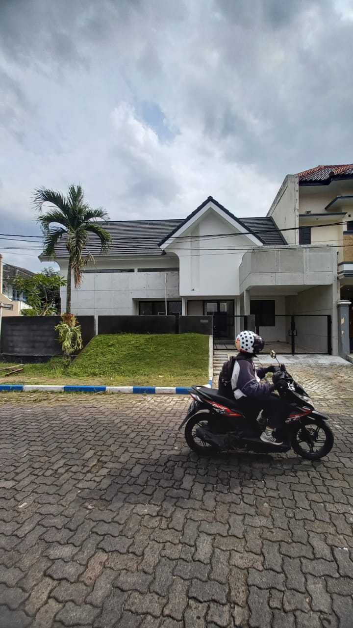 Anom Works Pob House Malang, Kota Malang, Jawa Timur, Indonesia Malang, Kota Malang, Jawa Timur, Indonesia Anom-Works-Pob-House   121627