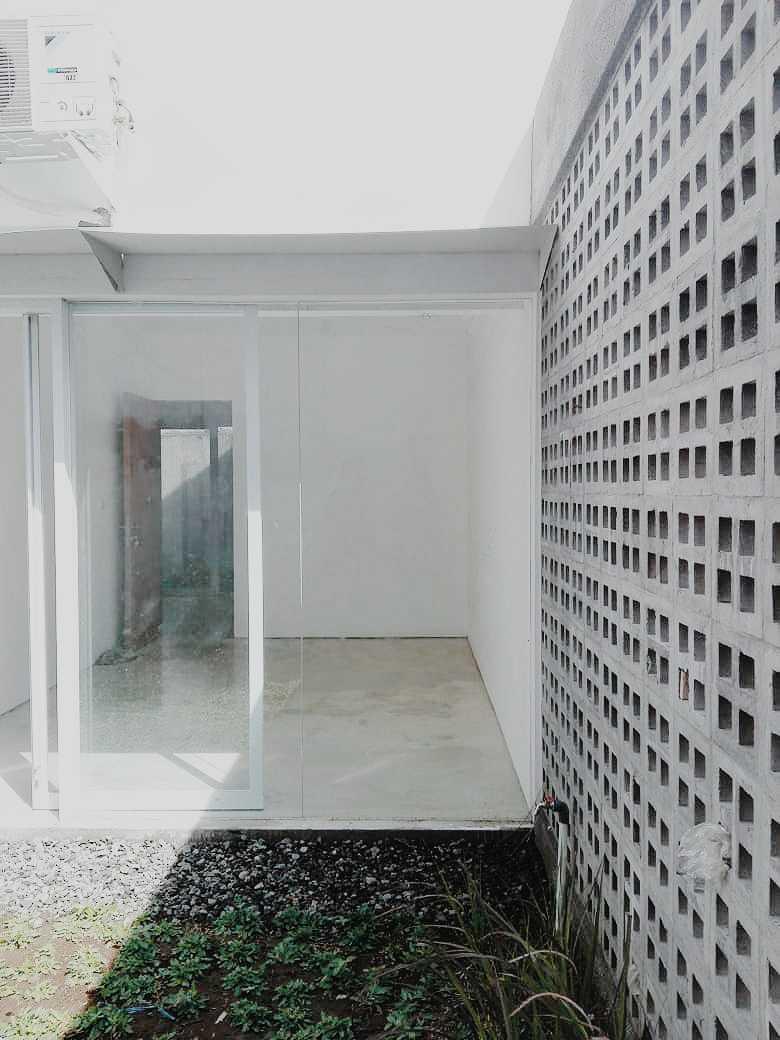 Birka Loci Fa House Surabaya, Kota Sby, Jawa Timur, Indonesia Surabaya, Kota Sby, Jawa Timur, Indonesia Aditya-Wiratama-Architect-Fa-House   89212