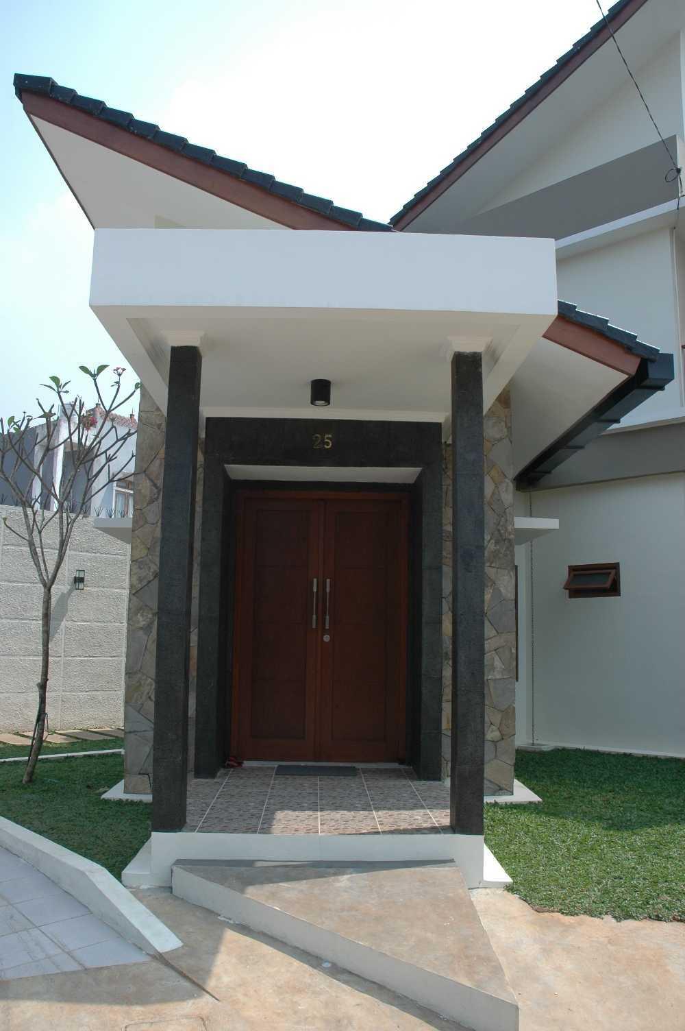 Triplus Homes Es House Rempoa, Ciputat Tim., Kota Tangerang Selatan, Banten, Indonesia Rempoa, Ciputat Tim., Kota Tangerang Selatan, Banten, Indonesia Triplus-Homes-Es-House   56609