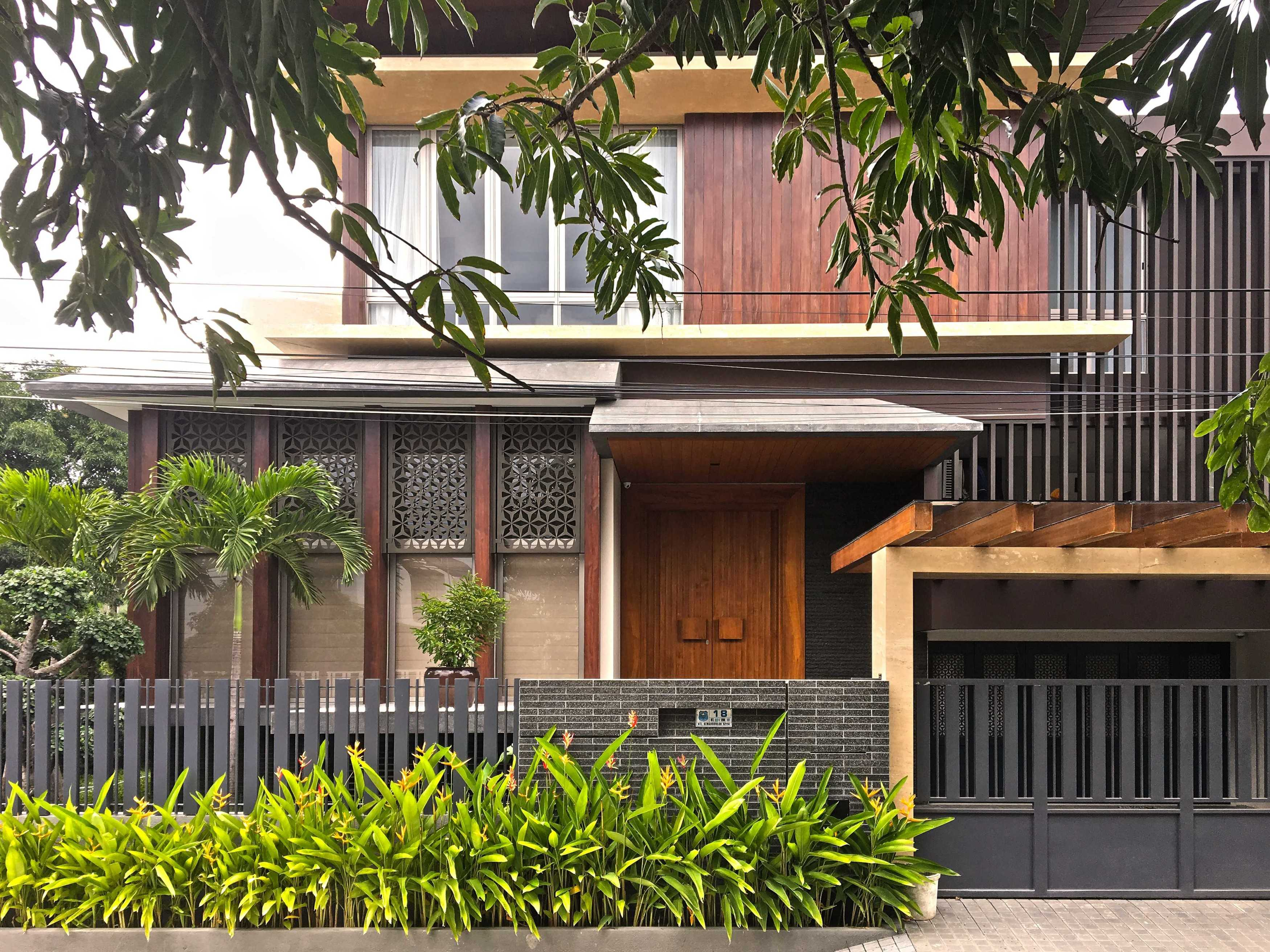 Lex And Architects Nr House Tegal, Jawa Tengah, Indonesia Tegal, Jawa Tengah, Indonesia Lex-And-Architects-Nr-House   68905