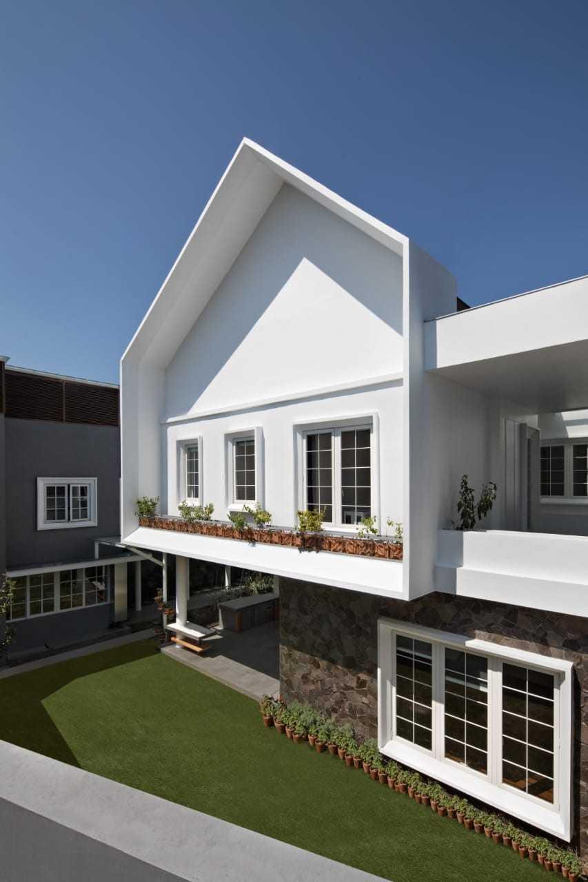 Best Group Design Studio Hc House Bandung, Kota Bandung, Jawa Barat, Indonesia Bandung, Kota Bandung, Jawa Barat, Indonesia Best-Group-Design-Studio-Hc-House Scandinavian  74264