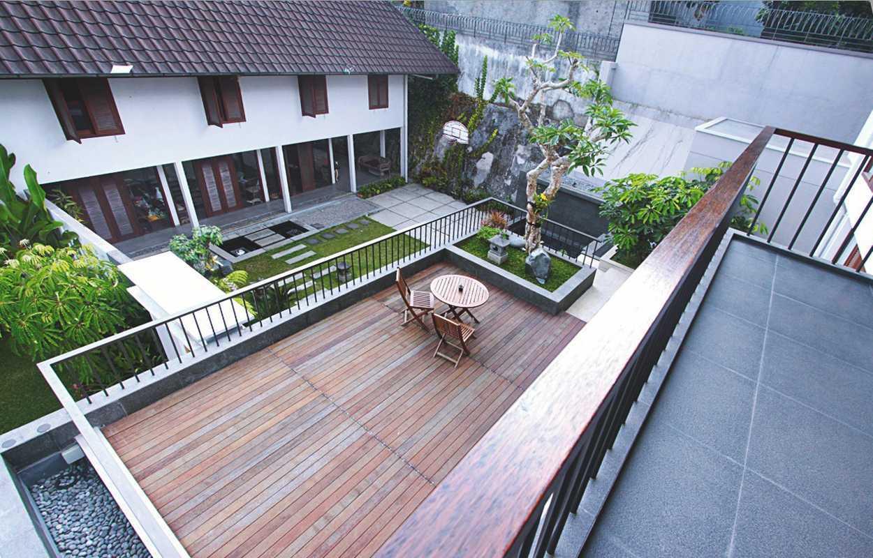 Best Group Design Studio Sukamulya House Sukamulya, Cinambo, Kota Bandung, Jawa Barat, Indonesia Sukamulya, Cinambo, Kota Bandung, Jawa Barat, Indonesia Best-Group-Design-Studio-Sukamulya-House   72226