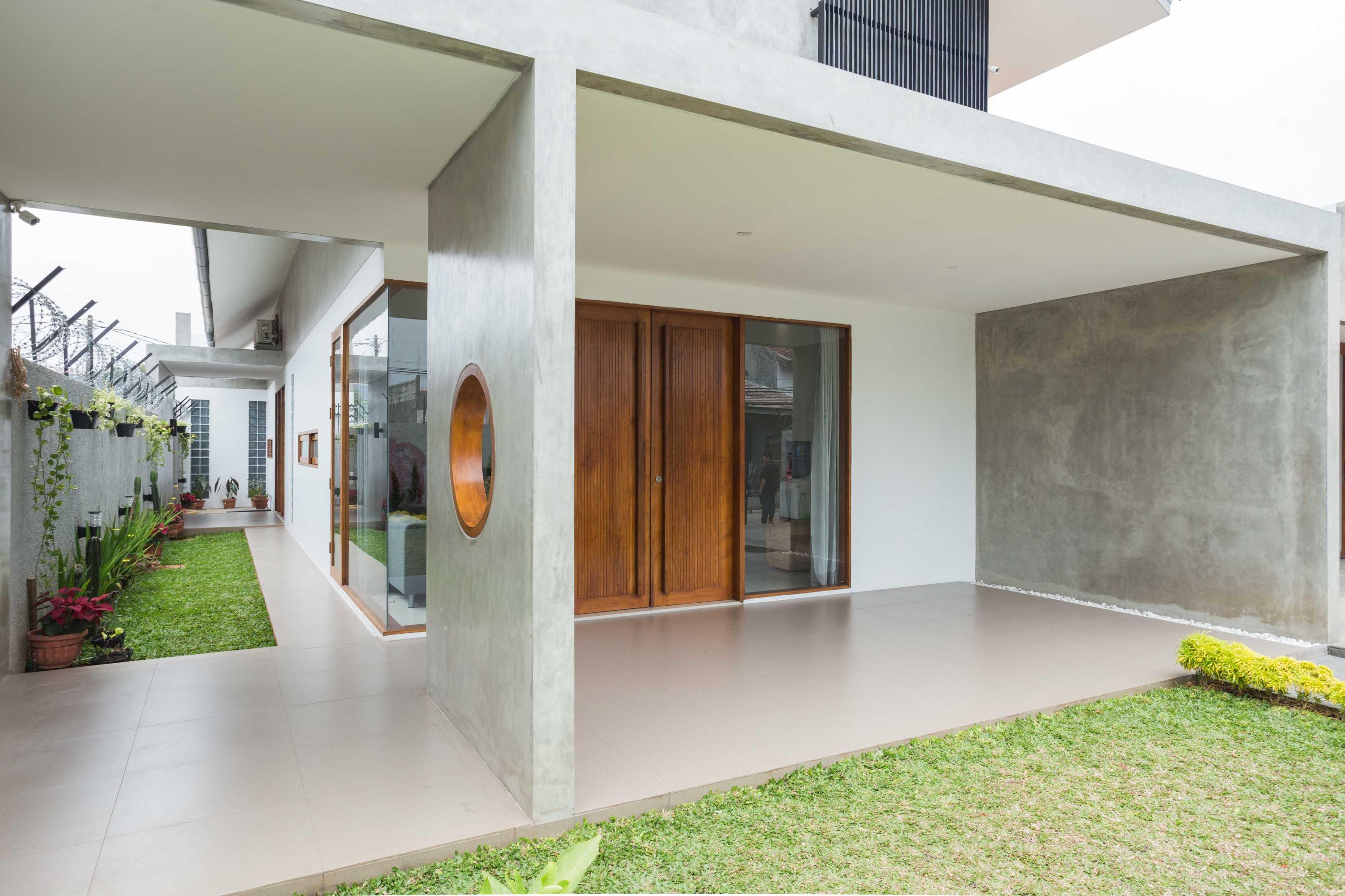 Guntur Haryadi Architecture Studio Ni House Depok, Kota Depok, Jawa Barat, Indonesia Depok, Kota Depok, Jawa Barat, Indonesia Guntur-Haryadi-Architecture-Studio-Ni-House   62612