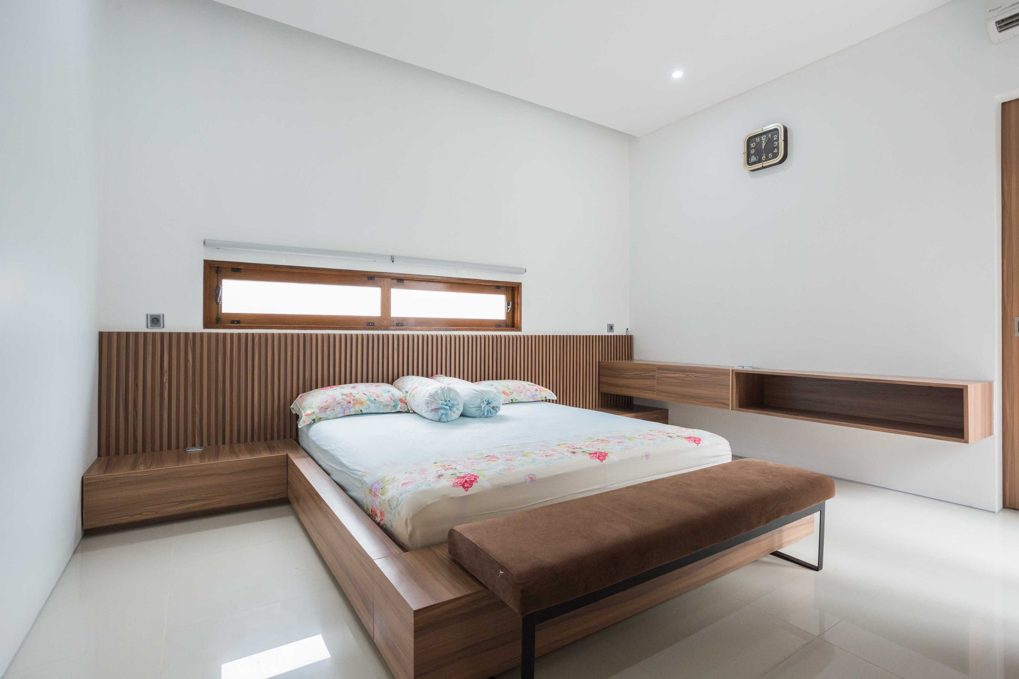 Guntur Haryadi Architecture Studio Ni House Depok, Kota Depok, Jawa Barat, Indonesia Depok, Kota Depok, Jawa Barat, Indonesia Guntur-Haryadi-Architecture-Studio-Ni-House   62621