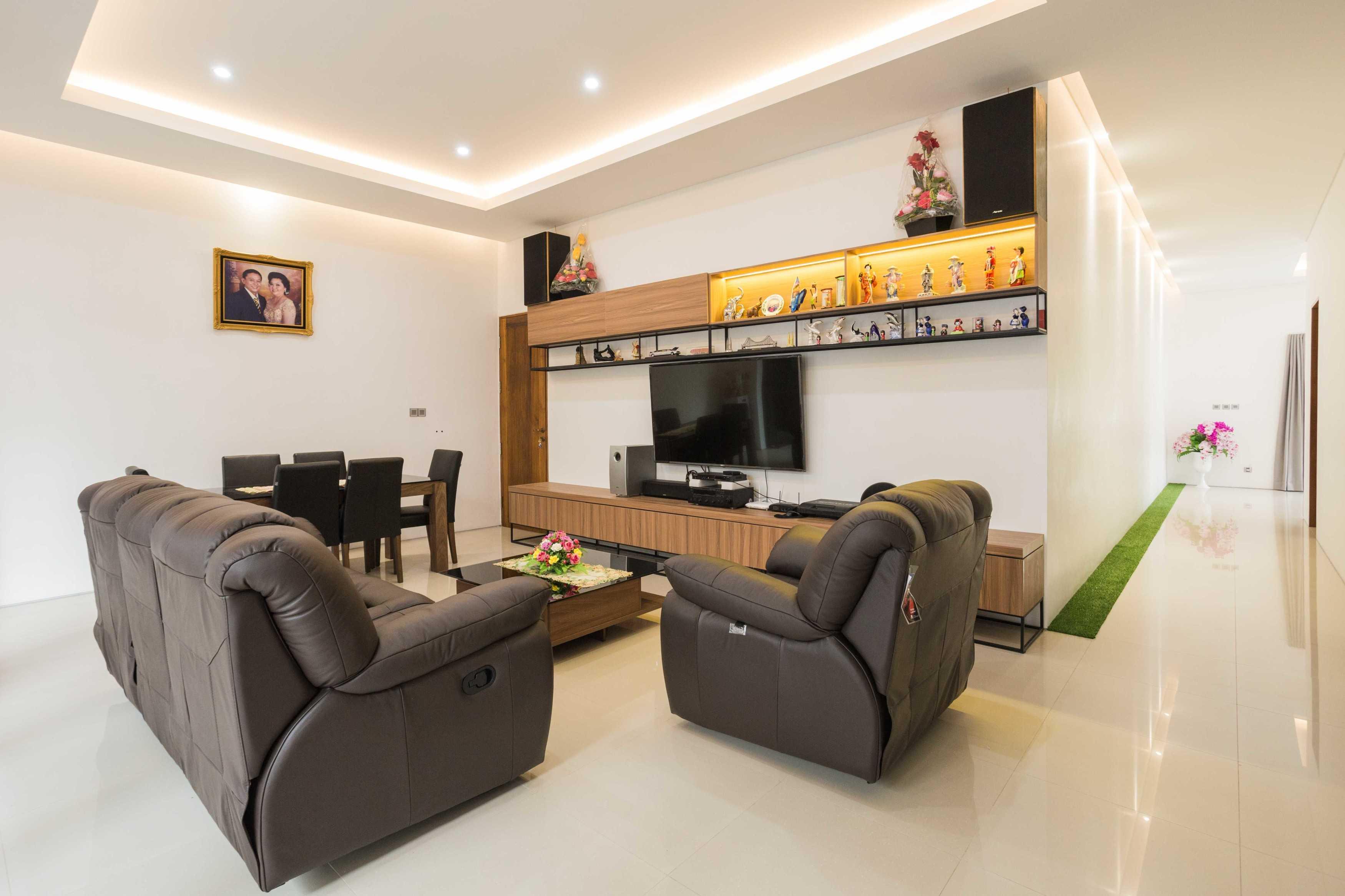 Guntur Haryadi Architecture Studio Ni House Depok, Kota Depok, Jawa Barat, Indonesia Depok, Kota Depok, Jawa Barat, Indonesia Guntur-Haryadi-Architecture-Studio-Ni-House   62625