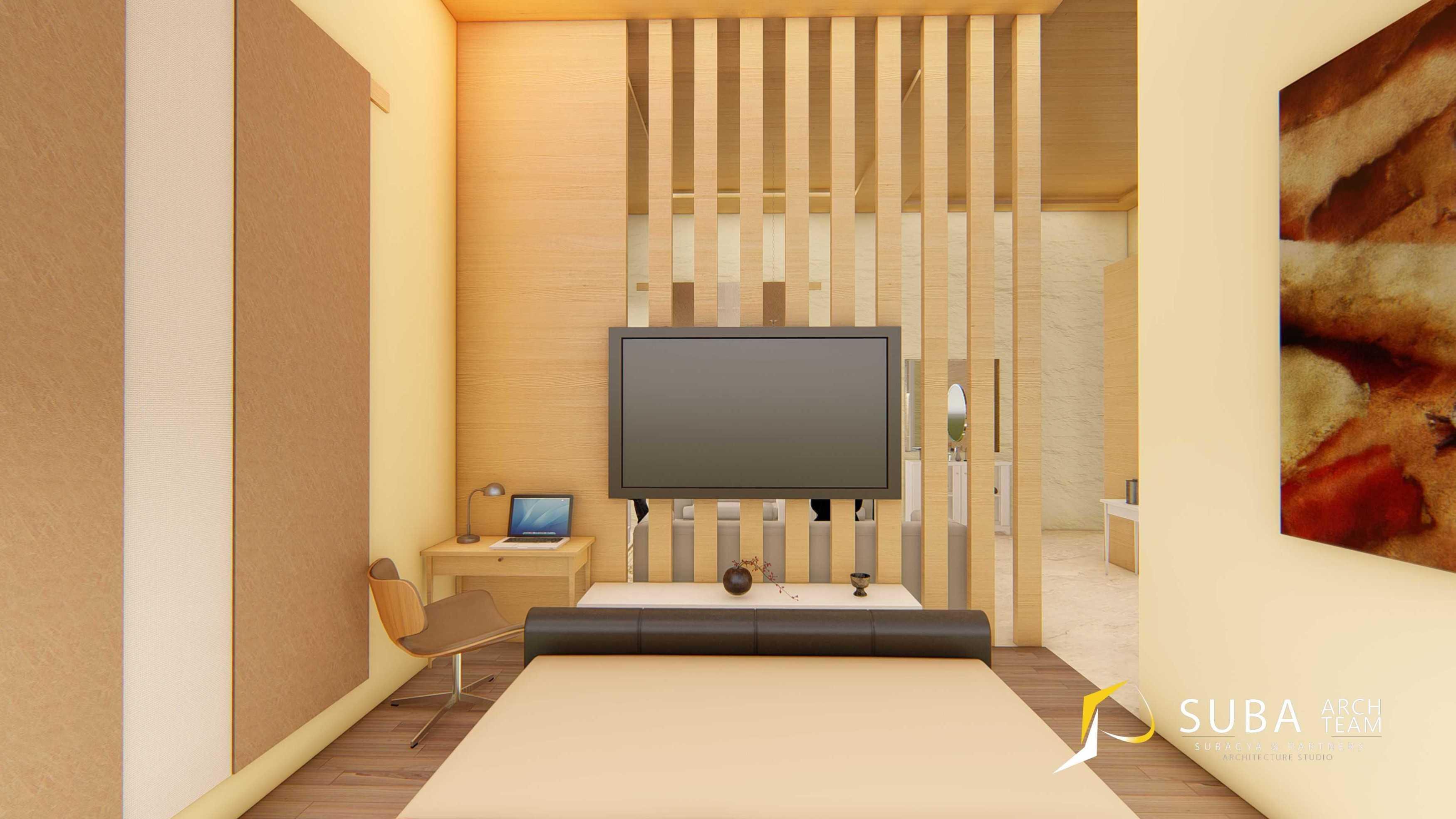 """Suba-Arch Desain Renovasi Interior Mediteranian - Pak Saefudin Cisarua Bogor Jawa Barat Cisarua, Bogor, Jawa Barat, Indonesia Cisarua, Bogor, Jawa Barat, Indonesia Suba-Arch-Desain-Renovasi-Interior-Mediteranian-Pak-Saefudin-Cisarua-Bogor-Jawa-Barat  <P Class=""""msonormal""""><Span Style=""""font-Size: 10.5Pt; Line-Height: 150%; Font-Family: 'akkurat_Lightregular','serif'; Color: #898B8E; Background: White;"""">Kamar Tidur Untuk Bersantai, Beristirahat, Dan Tidur Dengan Ukuran 7 M X 8 M . Konsep Contemporer, Classic, Dan Modern. Kombinasi Warna Menggunakan Coklat Tua, Krem, Putih, Dengan Coklat Muda Yang Dominan Dalam Kamar Tidur. Material Dinding Dan Lantai Kayu Dicat Warna Coklat Tua Memberikan Kesan Hangat . Furniture <Strong Style=""""mso-Bidi-Font-Weight: Normal;"""">Terbuat</strong> Dari Material Kayu Dicat Warna Putih Memberikan Kesan Yang Lebih Elegan.</span></p> 66435"""