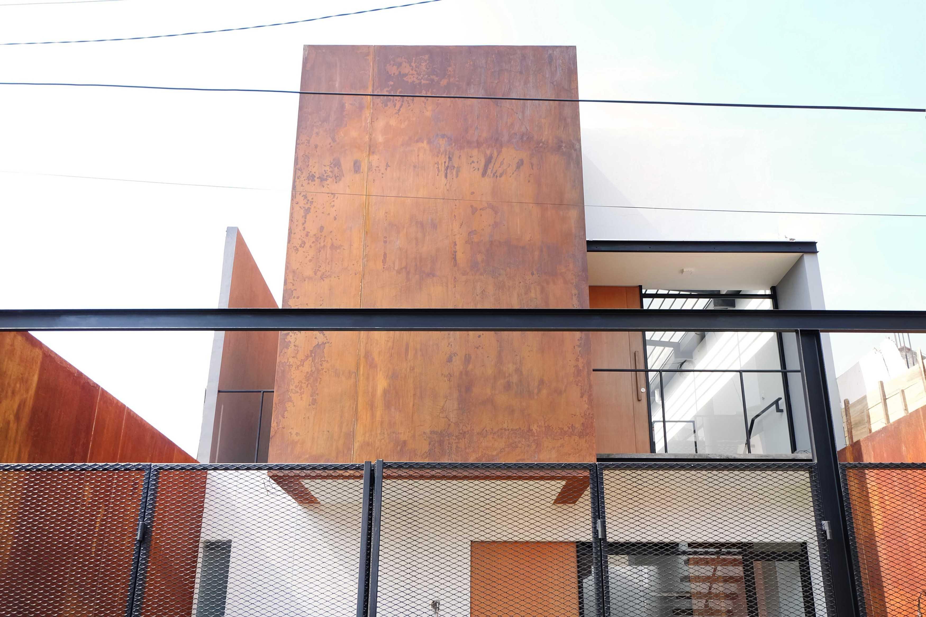Dica Selaras 105 House Antapani, Kota Bandung, Jawa Barat, Indonesia Antapani, Kota Bandung, Jawa Barat, Indonesia Dica-Selaras-105-House   62318