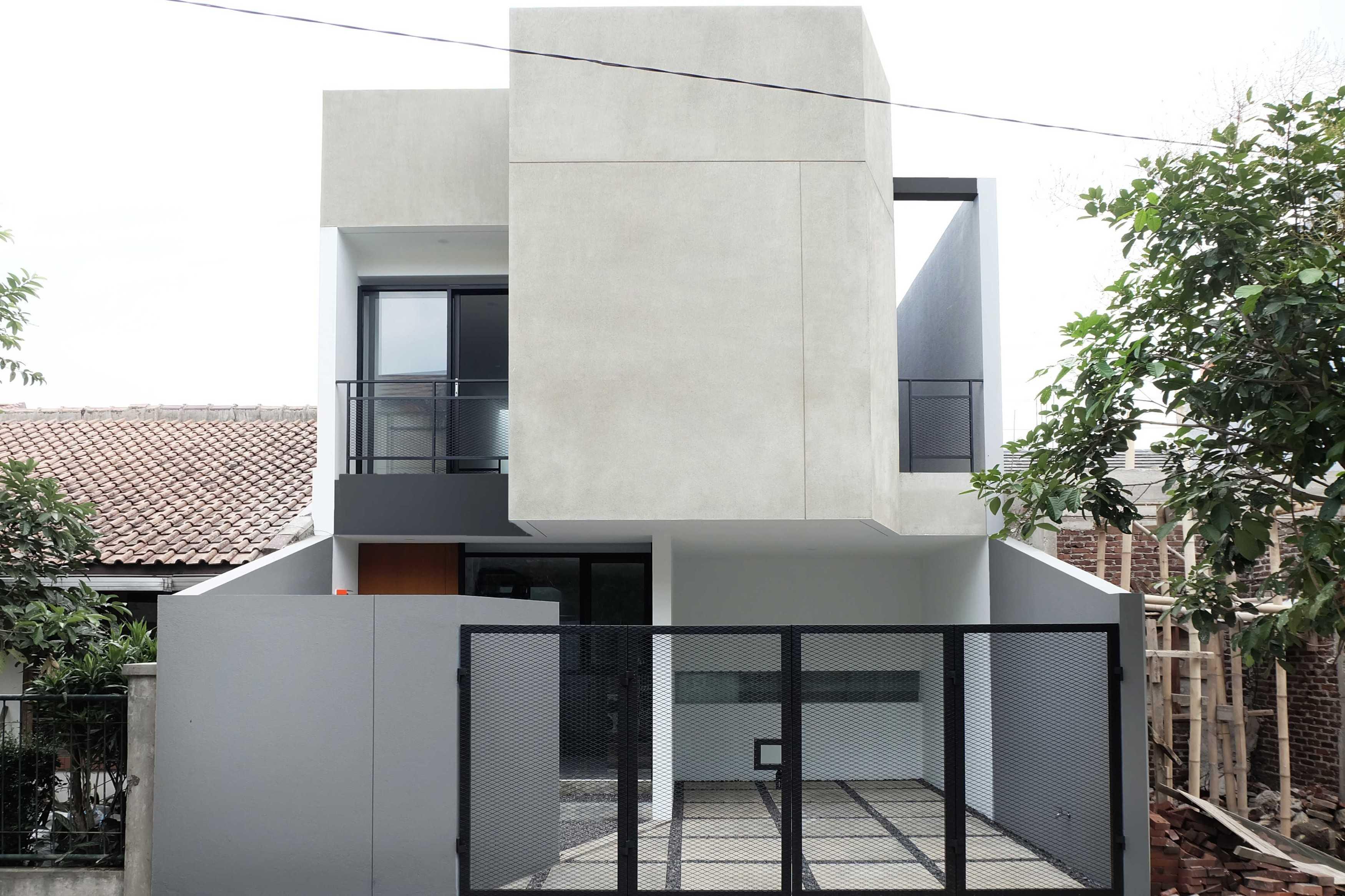 Dica Selaras Yang House Bandung, Kota Bandung, Jawa Barat, Indonesia Bandung, Kota Bandung, Jawa Barat, Indonesia Dica-Selaras-Yang-House   62805