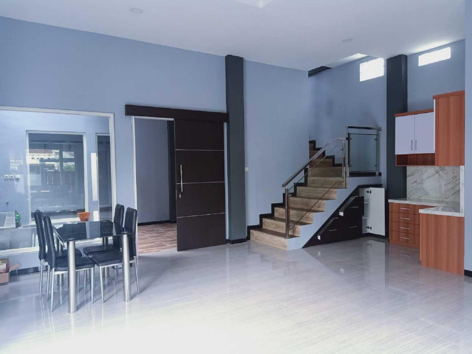 Metom Design Rumah Ibu Dian Y Malang, Kota Malang, Jawa Timur, Indonesia Malang, Kota Malang, Jawa Timur, Indonesia Metom-Design-Interior-Ibu-Dian-Y   98947
