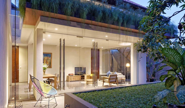 Gets Architects Deeroemah Daerah Khusus Ibukota Jakarta, Indonesia Daerah Khusus Ibukota Jakarta, Indonesia Backyard Area Tropis  54397