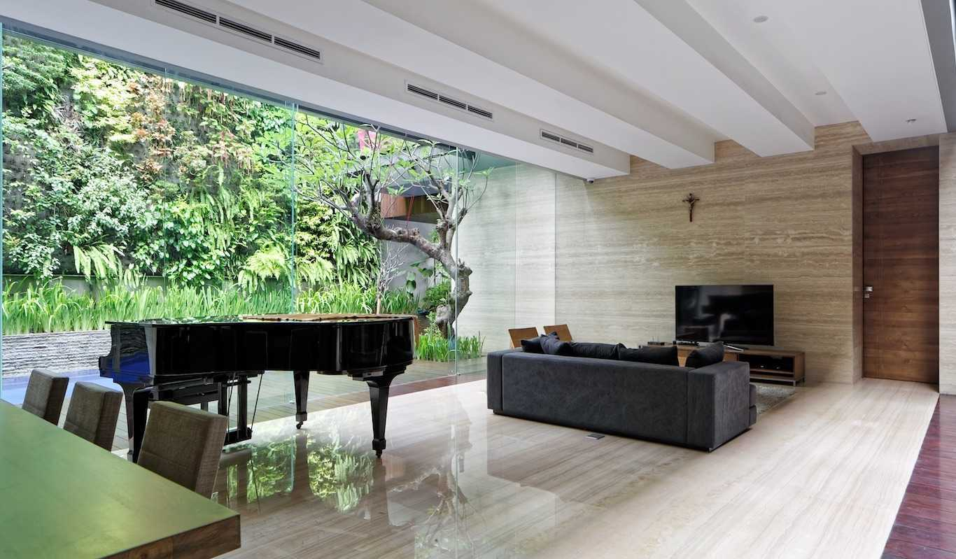 Gets Architects Ben House Daerah Khusus Ibukota Jakarta, Indonesia Daerah Khusus Ibukota Jakarta, Indonesia Family Room   54401