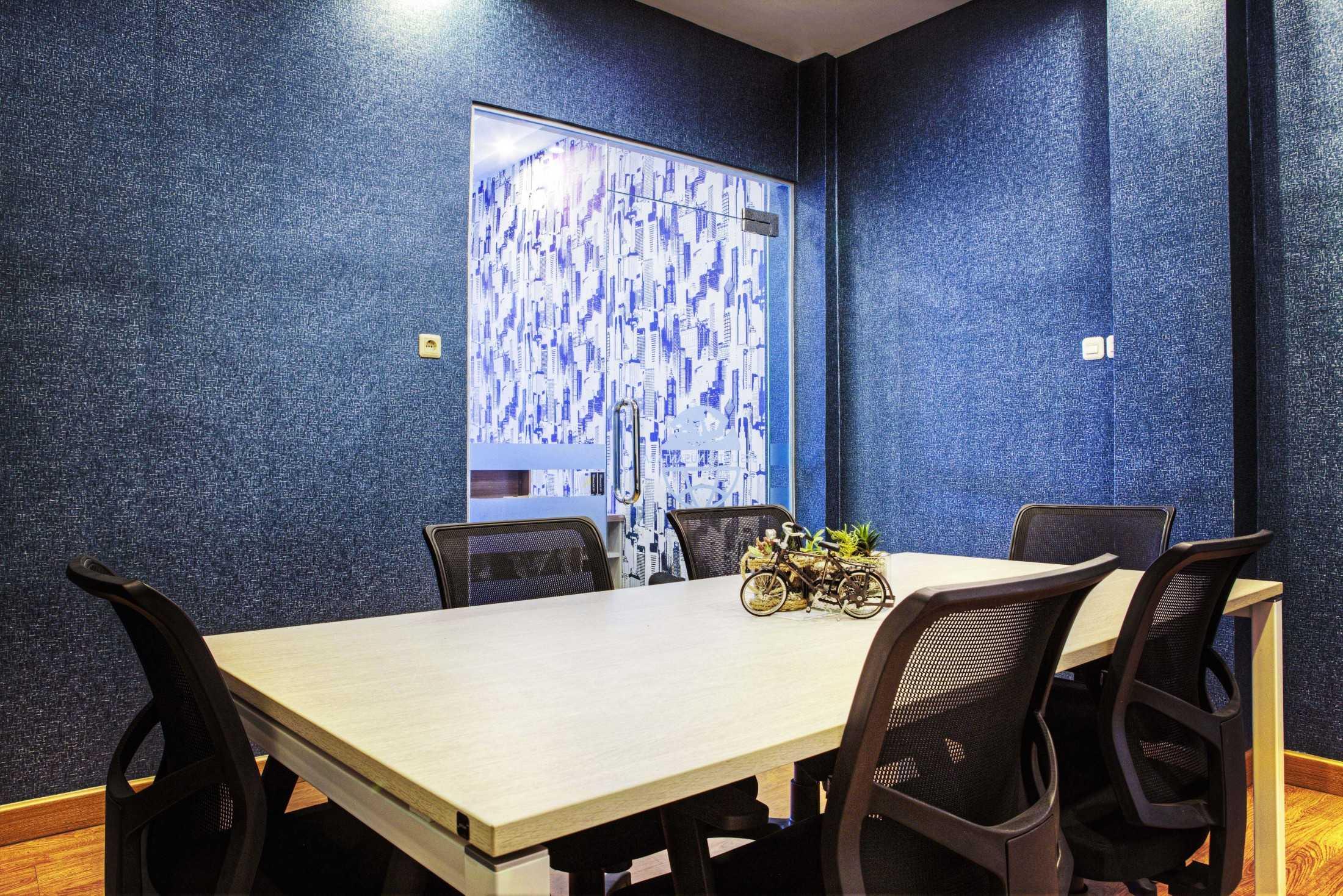 Total Renov Ruang Meeting Office Dan Mogot Jl. Daan Mogot, Indonesia Jl. Daan Mogot, Indonesia Total-Renov-Ruang-Meeting-Office-Dan-Mogot  59881