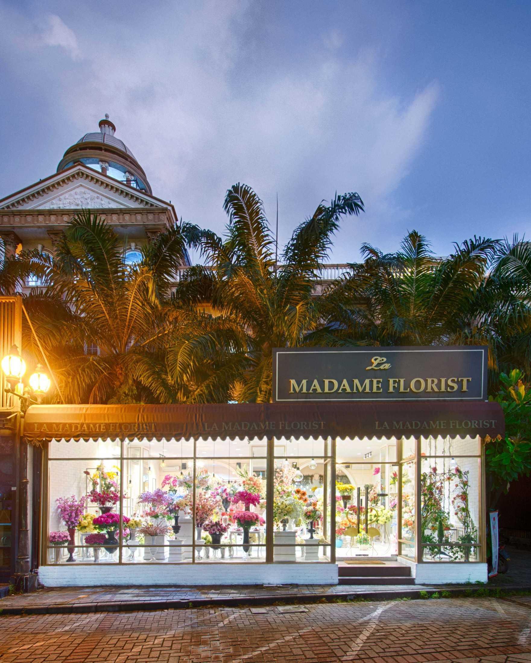 Project La Madame Florist At Pantai Indah Kapuk Desain