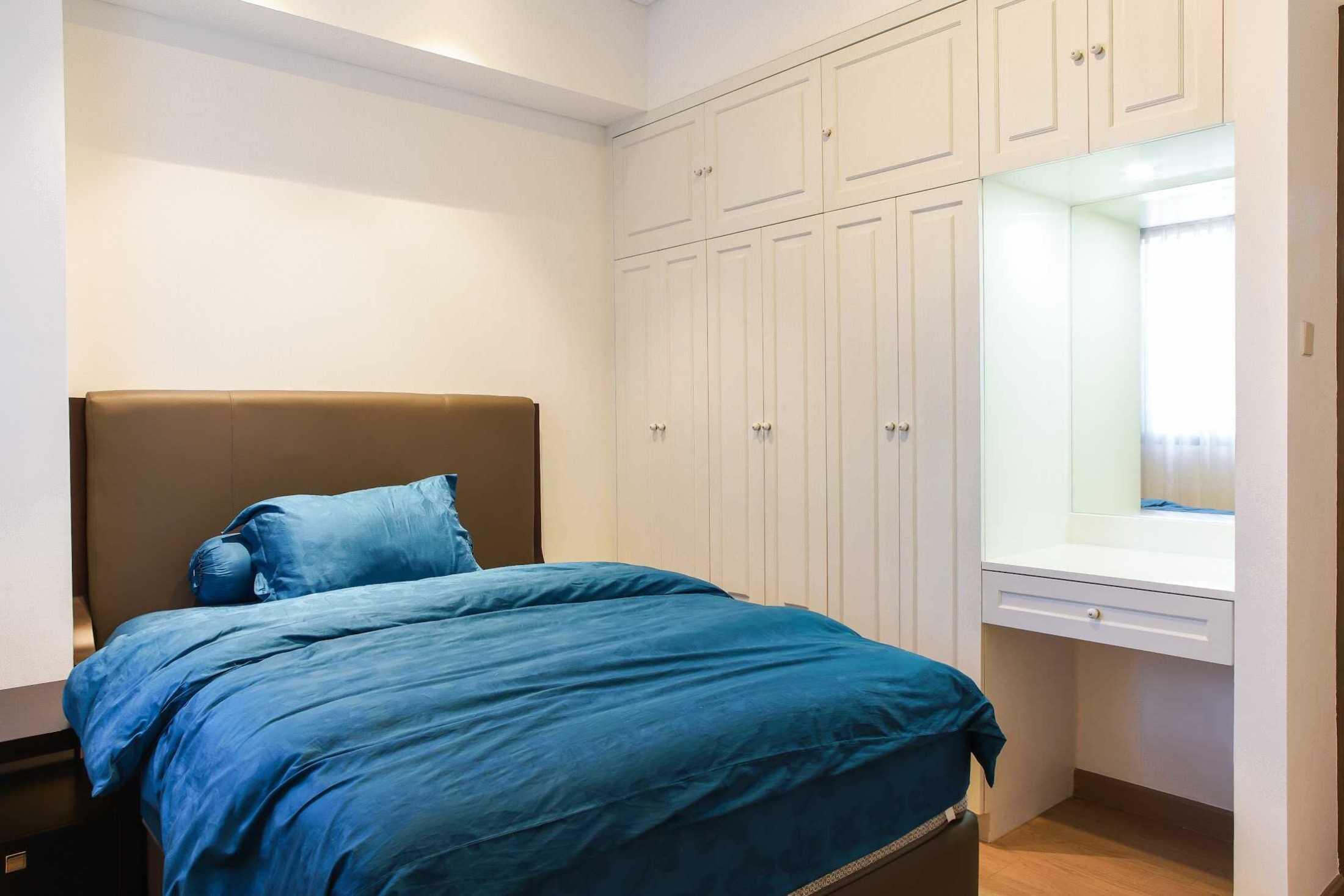Foto inspirasi ide desain apartemen klasik Einhaus-1-park-avenue-apartment oleh EINHAUS di Arsitag