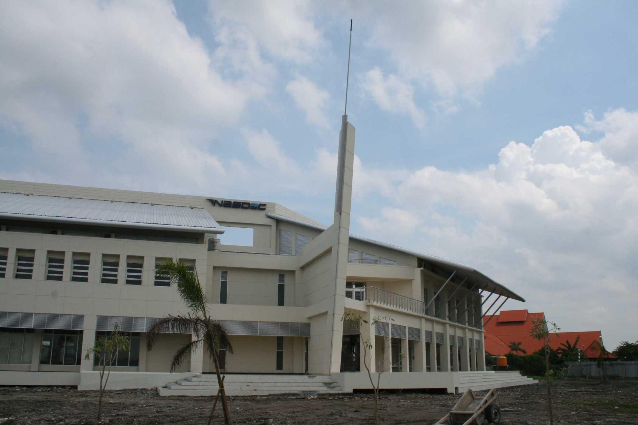 Ega Cipta Pratama Desain Gedung Nasdec Its Surabaya, Kota Sby, Jawa Timur, Indonesia Surabaya, Kota Sby, Jawa Timur, Indonesia Ega-Cipta-Pratama-Desain-Gedung-Nasdec-Its Minimalis 55483