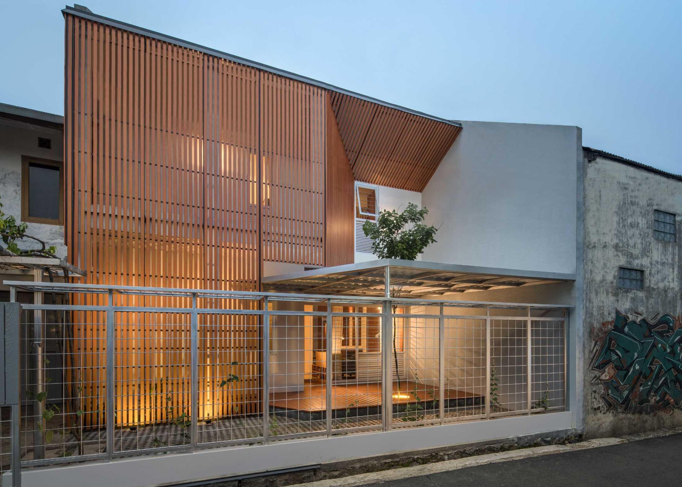 Https Www Arsitag Com Profile Sorla Architects Weekly 0 8