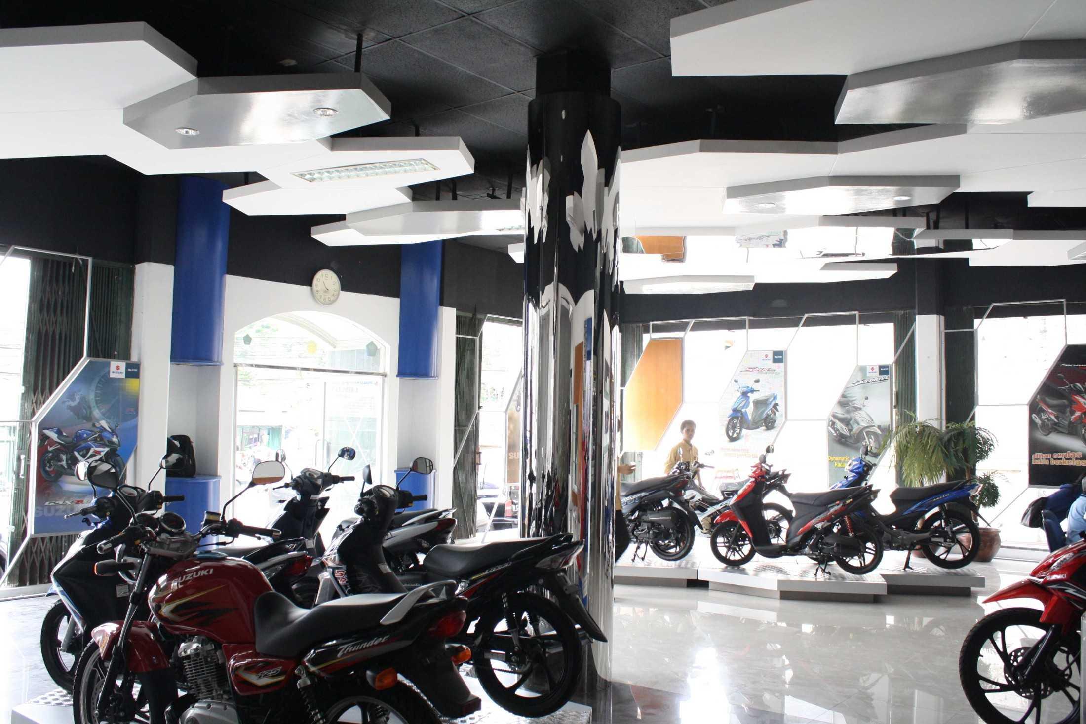 Im Design Associates Suzuki Showroom Kota Jakarta Pusat, Daerah Khusus Ibukota Jakarta, Indonesia Kota Jakarta Pusat, Daerah Khusus Ibukota Jakarta, Indonesia Im-Design-Associates-Suzuki-Showroom  73063