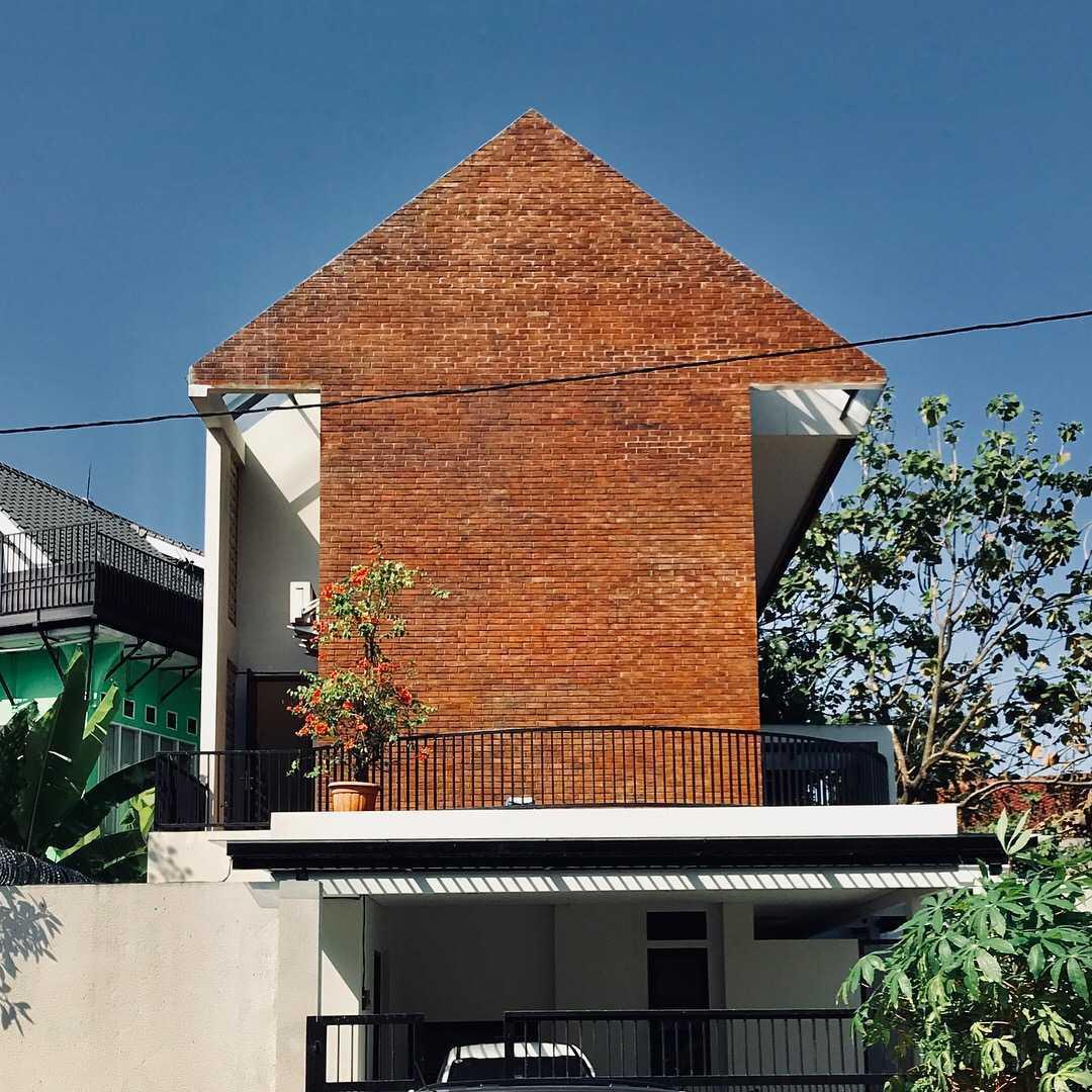 AGo Architects di Jakarta Timur
