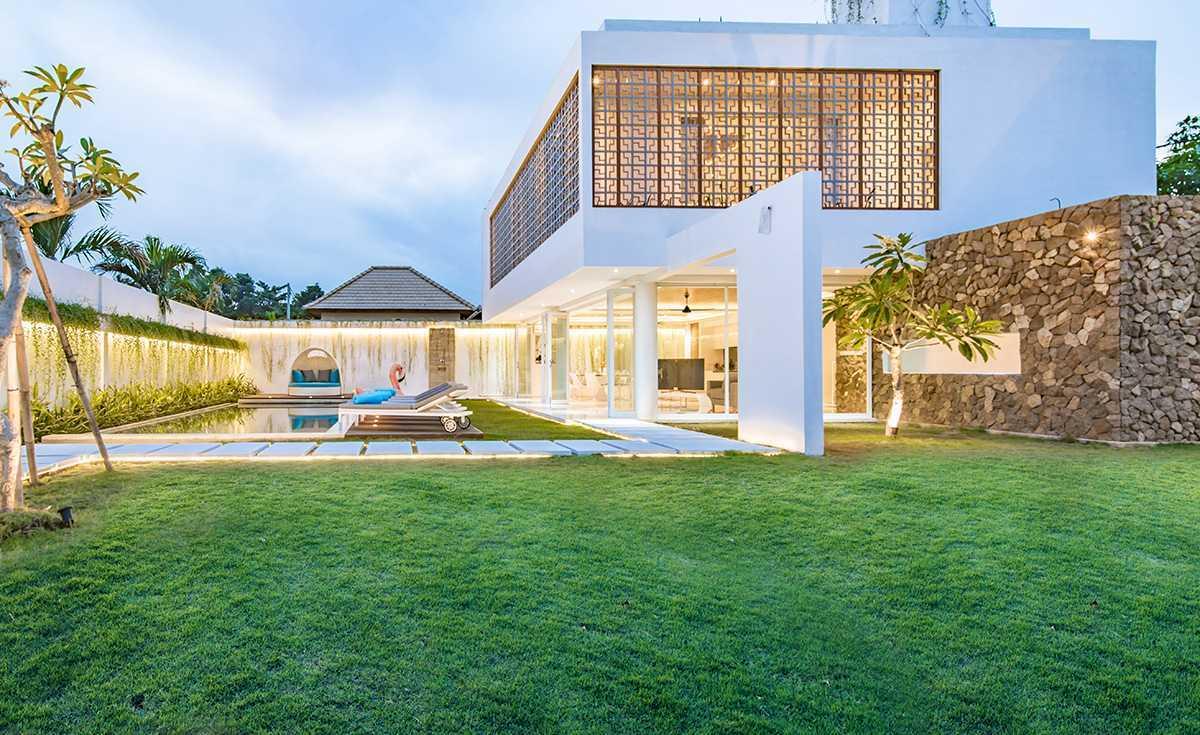 Beni Sabara Villa Kamag - Bali Seminyak, Kuta, Kabupaten Badung, Bali, Indonesia Seminyak, Kuta, Kabupaten Badung, Bali, Indonesia Beni-Sabara-Villa-Kamag-Bali  60540