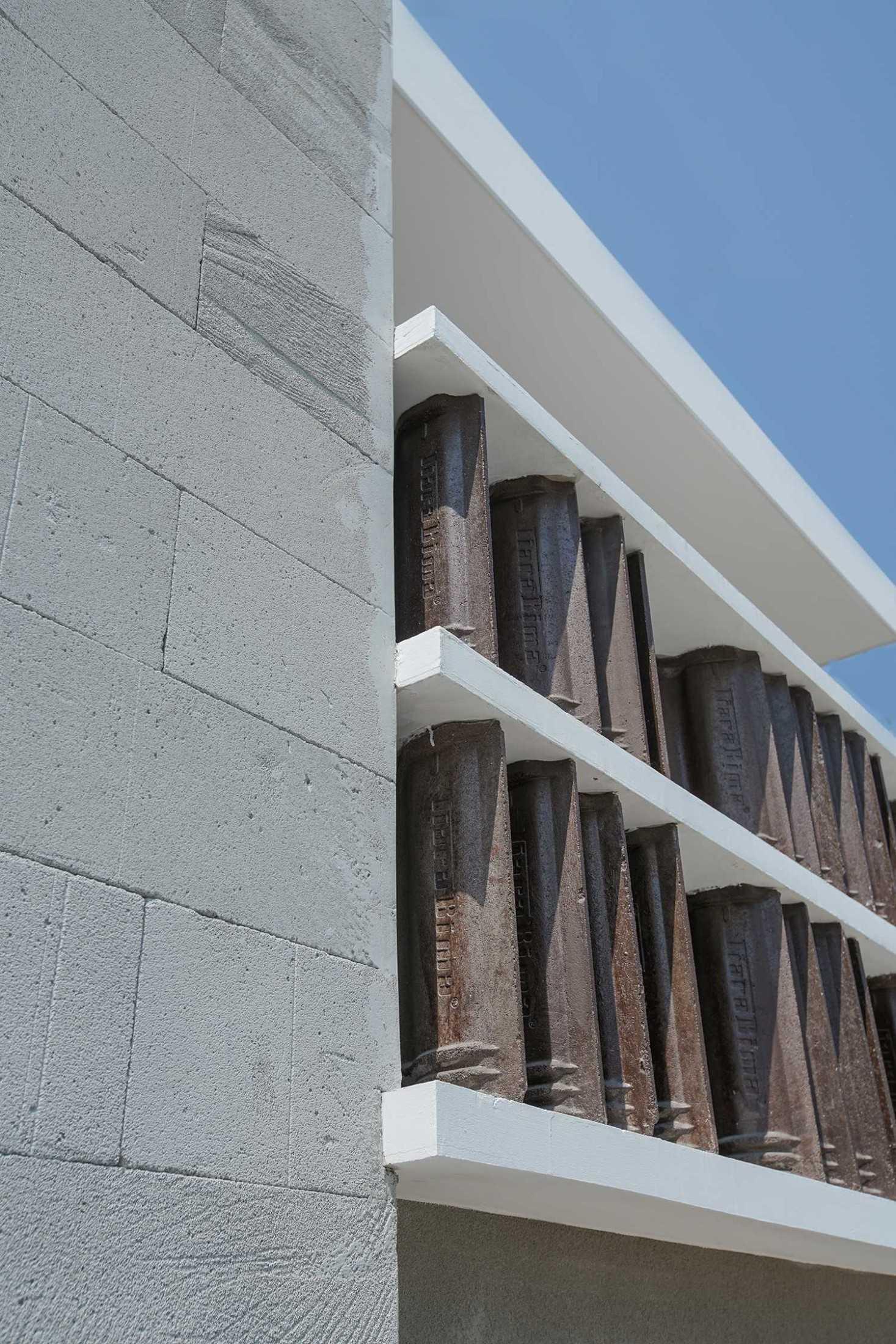 Saso Architecture Studio Rumah Genteng Bintara, Kec. Bekasi Bar., Kota Bks, Jawa Barat, Indonesia Bintara, Kec. Bekasi Bar., Kota Bks, Jawa Barat, Indonesia Saso-Architecture-Studio-Rumah-Genteng  79376