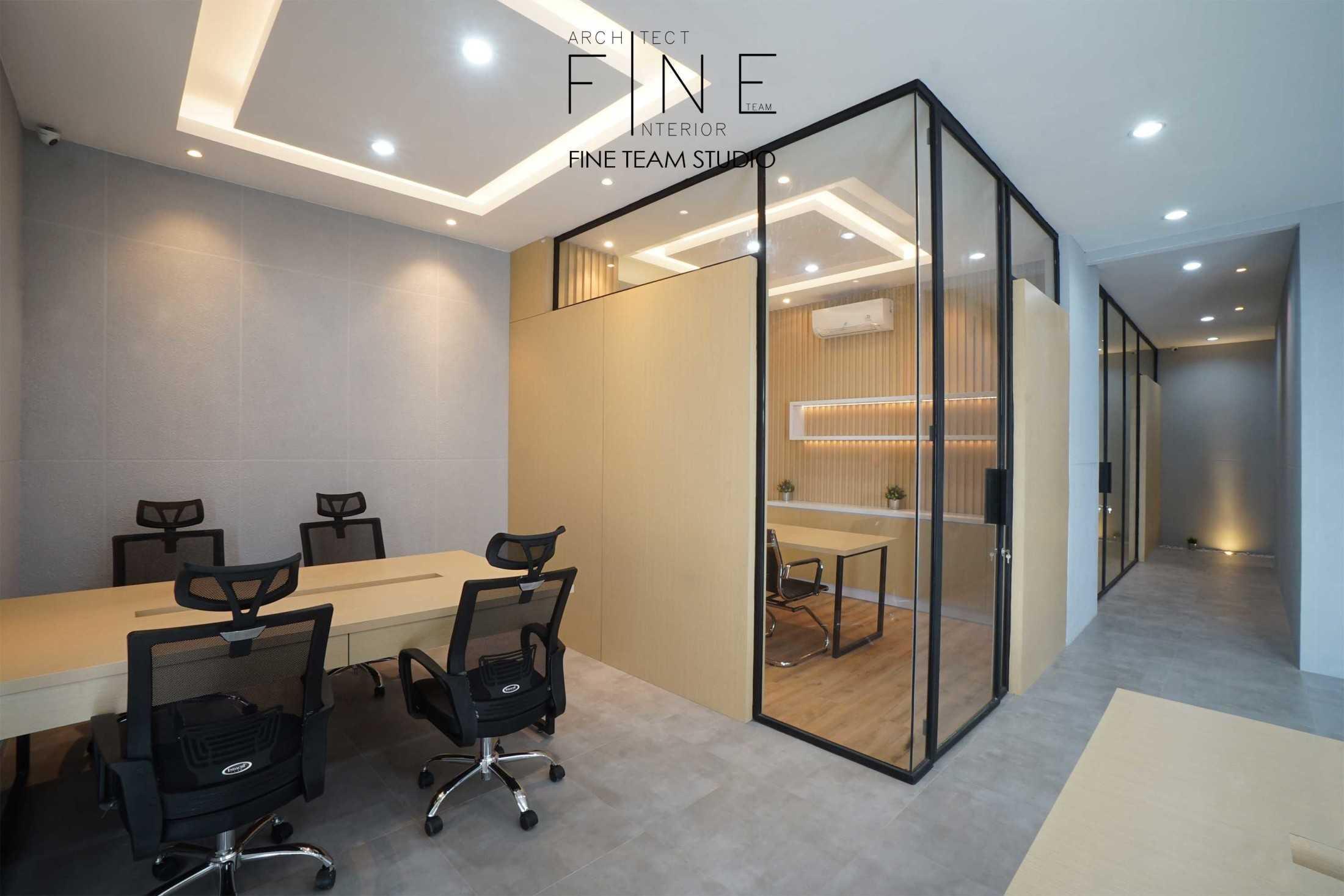Fine Team Studio Mob Office Cikupa, Tangerang, Banten, Indonesia Cikupa, Tangerang, Banten, Indonesia Fine-Team-Studio-Mob-Office  71119