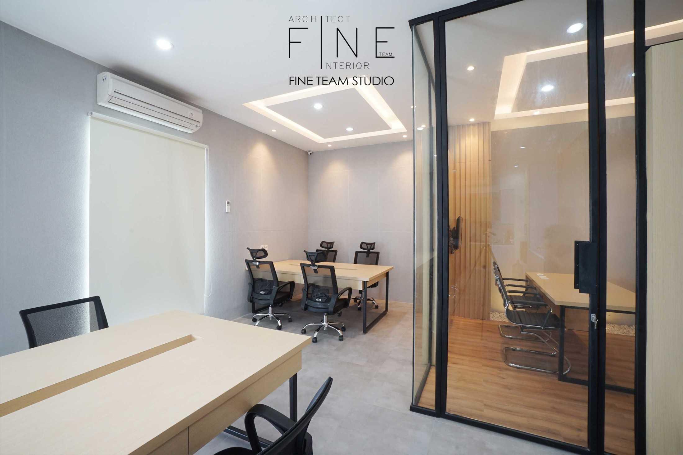 Fine Team Studio Mob Office Cikupa, Tangerang, Banten, Indonesia Cikupa, Tangerang, Banten, Indonesia Fine-Team-Studio-Mob-Office  71120