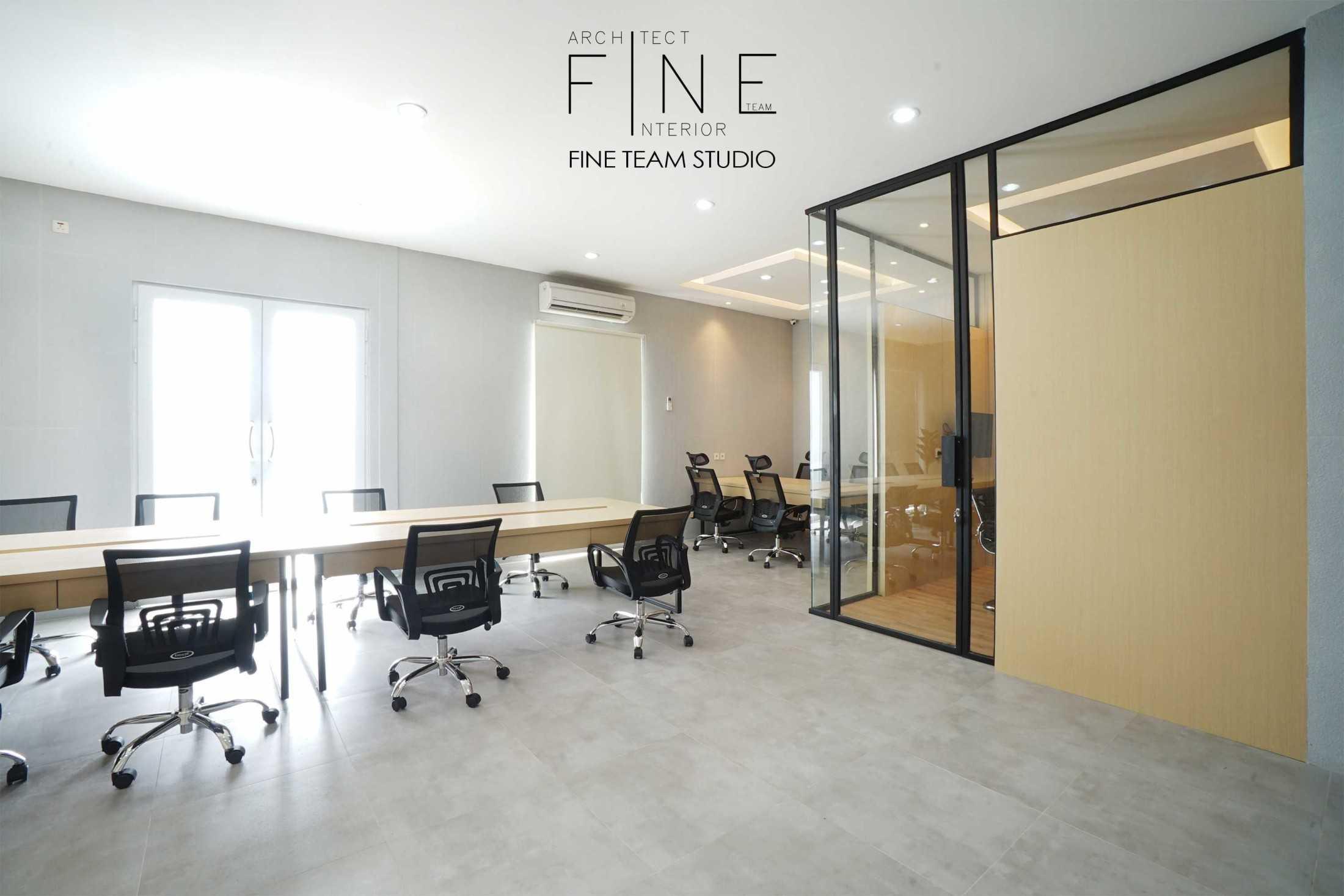 Fine Team Studio Mob Office Cikupa, Tangerang, Banten, Indonesia Cikupa, Tangerang, Banten, Indonesia Fine-Team-Studio-Mob-Office  71126