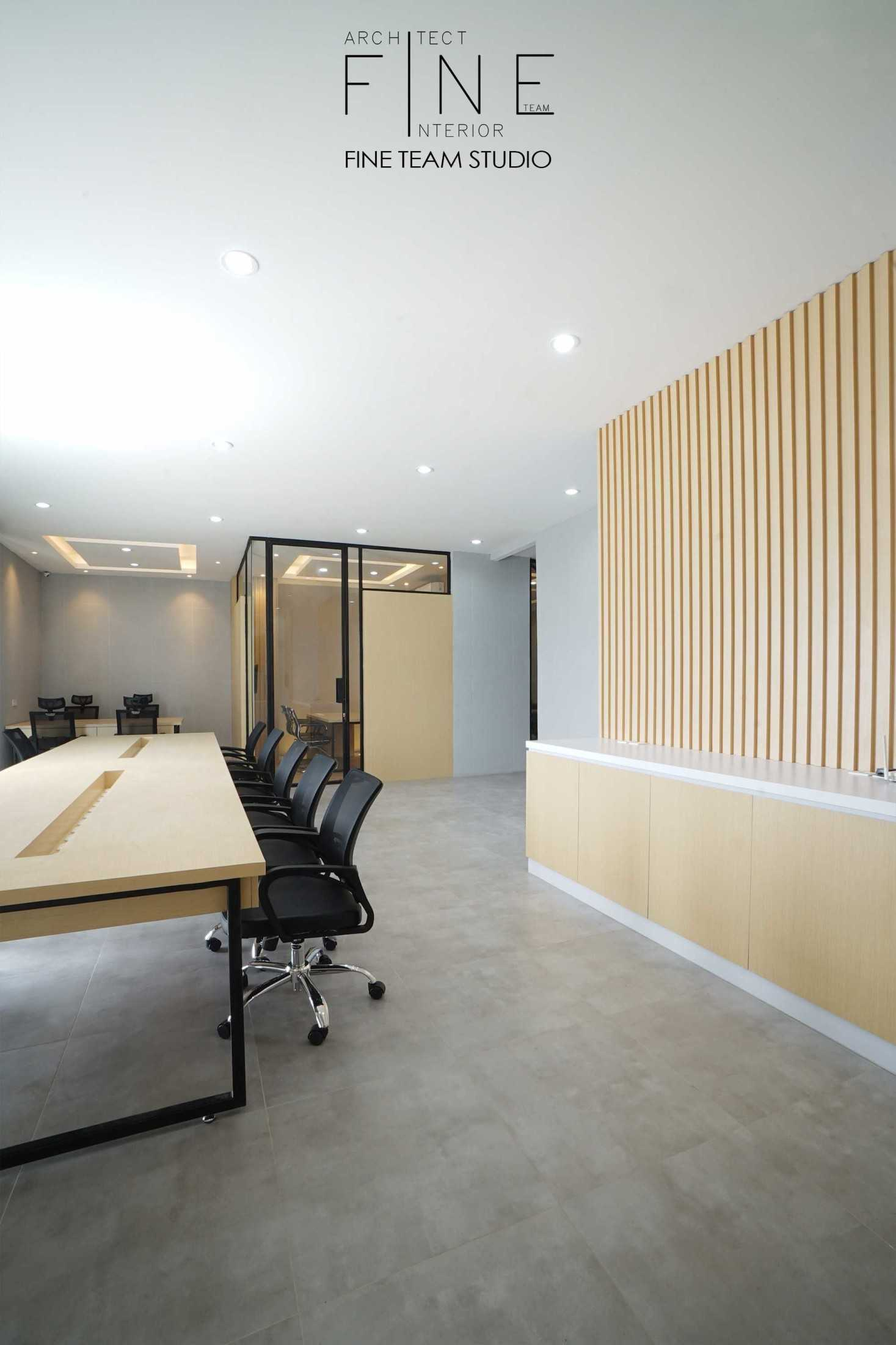 Fine Team Studio Mob Office Cikupa, Tangerang, Banten, Indonesia Cikupa, Tangerang, Banten, Indonesia Fine-Team-Studio-Mob-Office  71141