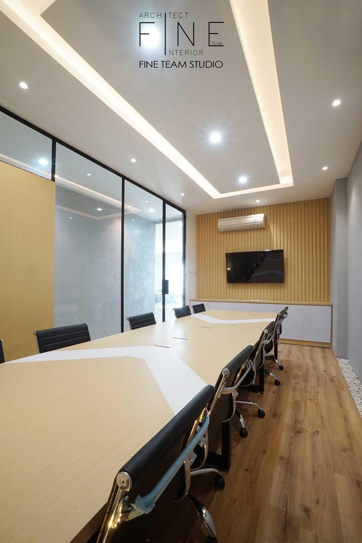 Fine Team Studio Mob Office Cikupa, Tangerang, Banten, Indonesia Cikupa, Tangerang, Banten, Indonesia Fine-Team-Studio-Mob-Office  71145