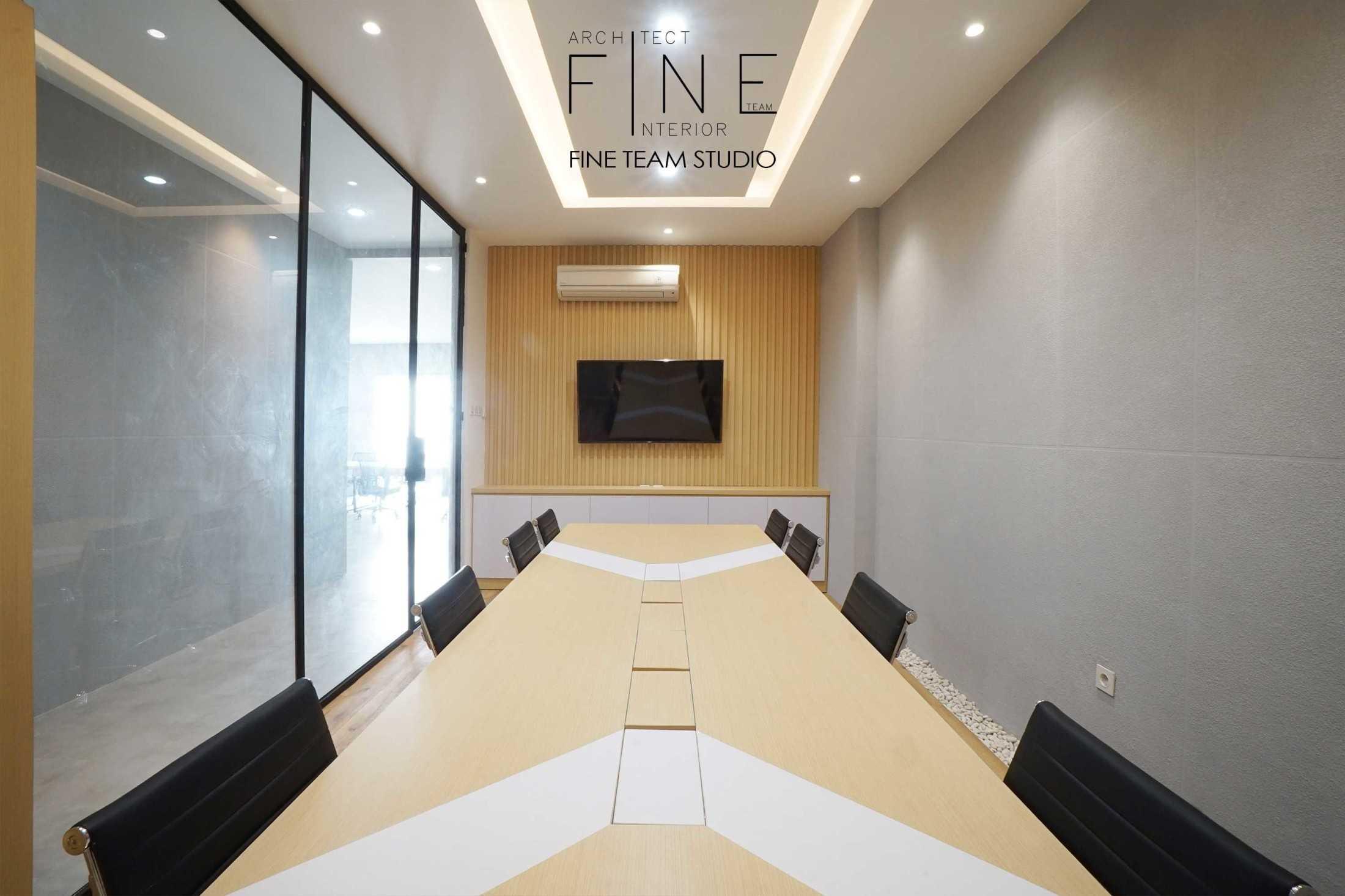 Fine Team Studio Mob Office Cikupa, Tangerang, Banten, Indonesia Cikupa, Tangerang, Banten, Indonesia Fine-Team-Studio-Mob-Office  71151