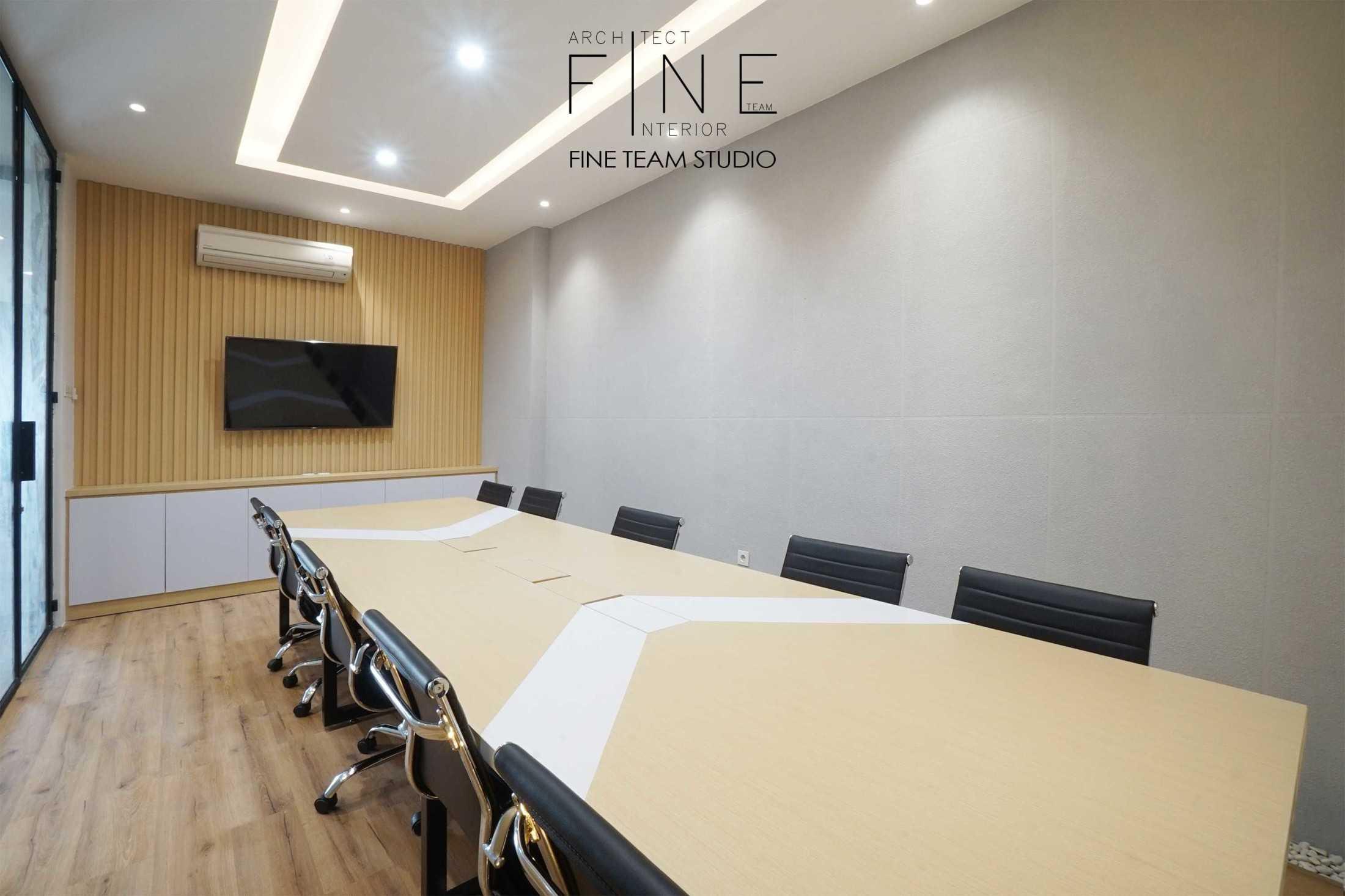 Fine Team Studio Mob Office Cikupa, Tangerang, Banten, Indonesia Cikupa, Tangerang, Banten, Indonesia Fine-Team-Studio-Mob-Office  71152
