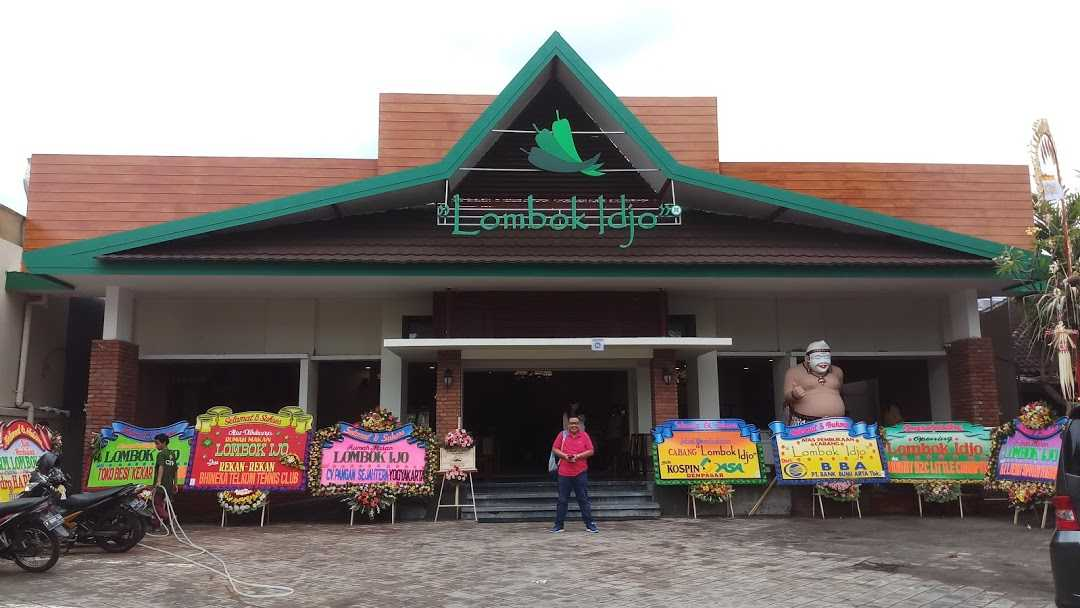 Roku+Architects Restaurant Lombok Idjo Renon Renon, Kec. Denpasar Sel., Kota Denpasar, Bali, Indonesia Renon, Kec. Denpasar Sel., Kota Denpasar, Bali, Indonesia Rokuarchitects-Restaurant-Lombok-Idjo-Renon  115893
