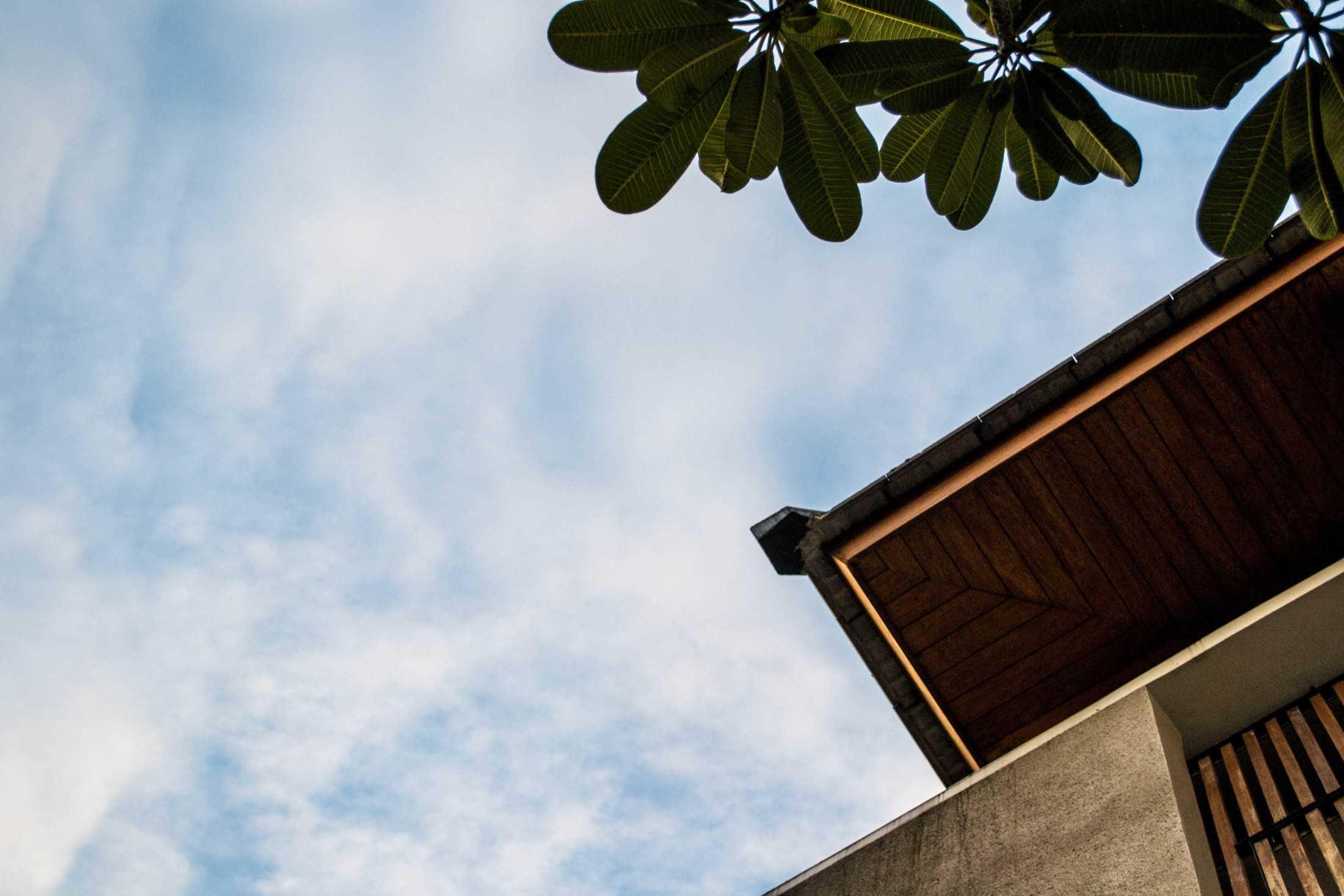 Gohte Architects Narada House Pakulonan, Kec. Serpong Utara, Kota Tangerang Selatan, Banten 15325, Indonesia Pakulonan, Kec. Serpong Utara, Kota Tangerang Selatan, Banten 15325, Indonesia Gohte-Architects-Narada-House  96634