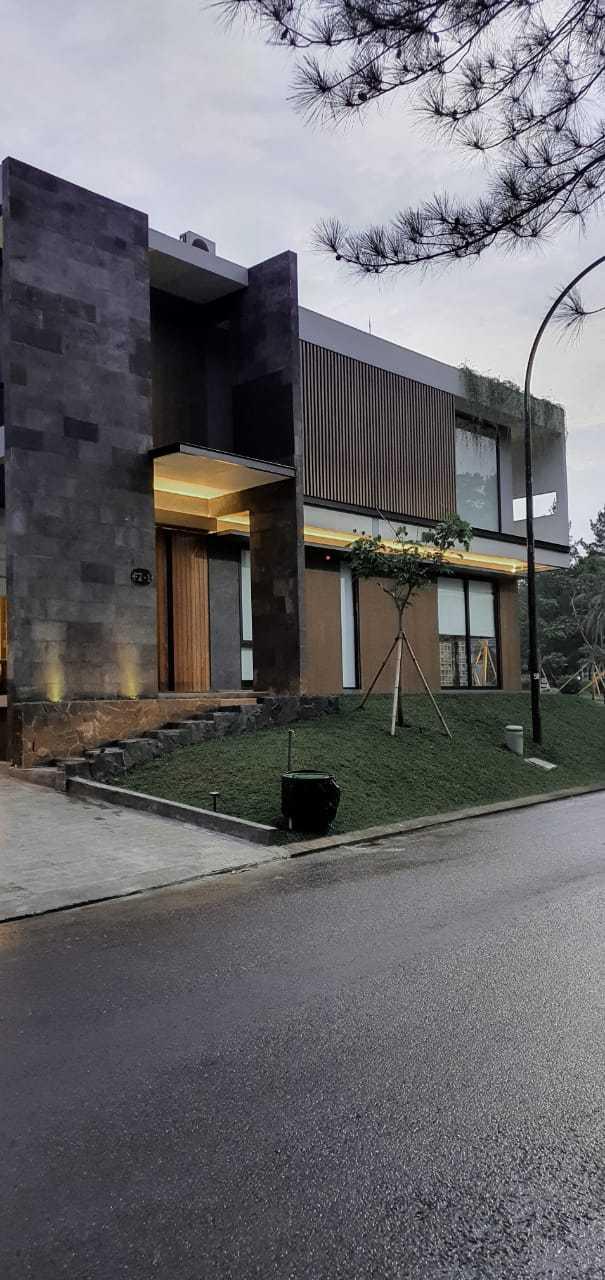 Q Studio Cn House Jl. Narogong Raya No.km.18, Limus Nunggal, Cileungsi, Bogor, Jawa Barat 16820, Indonesia Jl. Narogong Raya No.km.18, Limus Nunggal, Cileungsi, Bogor, Jawa Barat 16820, Indonesia Q-Studio-Cn-House  111339