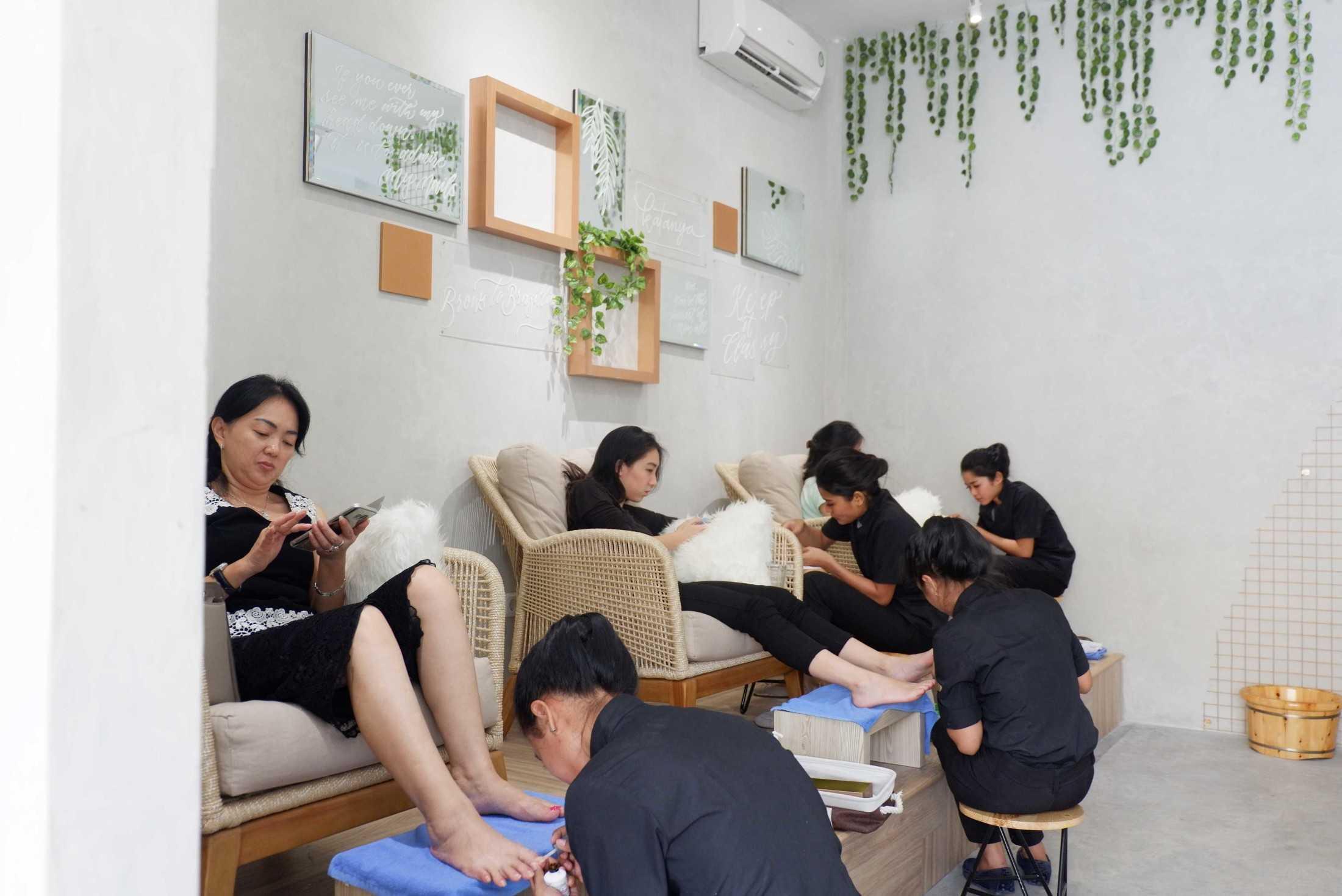 Studio Kuskus Katanya Beauty Studio Citra 6 Ruko Citra Garden 6 J5B No. 7, Tegal Alur, Kalideres, Rt.2/rw.5, Tegal Alur, Kalideres, West Jakarta City, Jakarta 11820, Indonesia Ruko Citra Garden 6 J5B No. 7, Tegal Alur, Kalideres, Rt.2/rw.5, Tegal Alur, Kalideres, West Jakarta City, Jakarta 11820, Indonesia Studio-Kuskus-Katanya-Beauty-Studio-Citra-6  70462