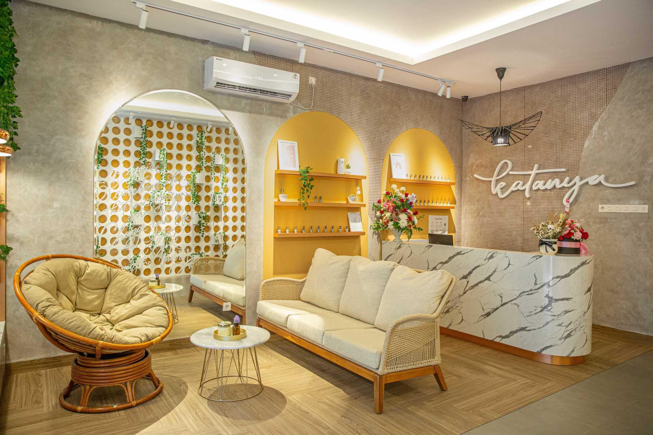 Jasa Interior Desainer Studio Kuskus di Makassar