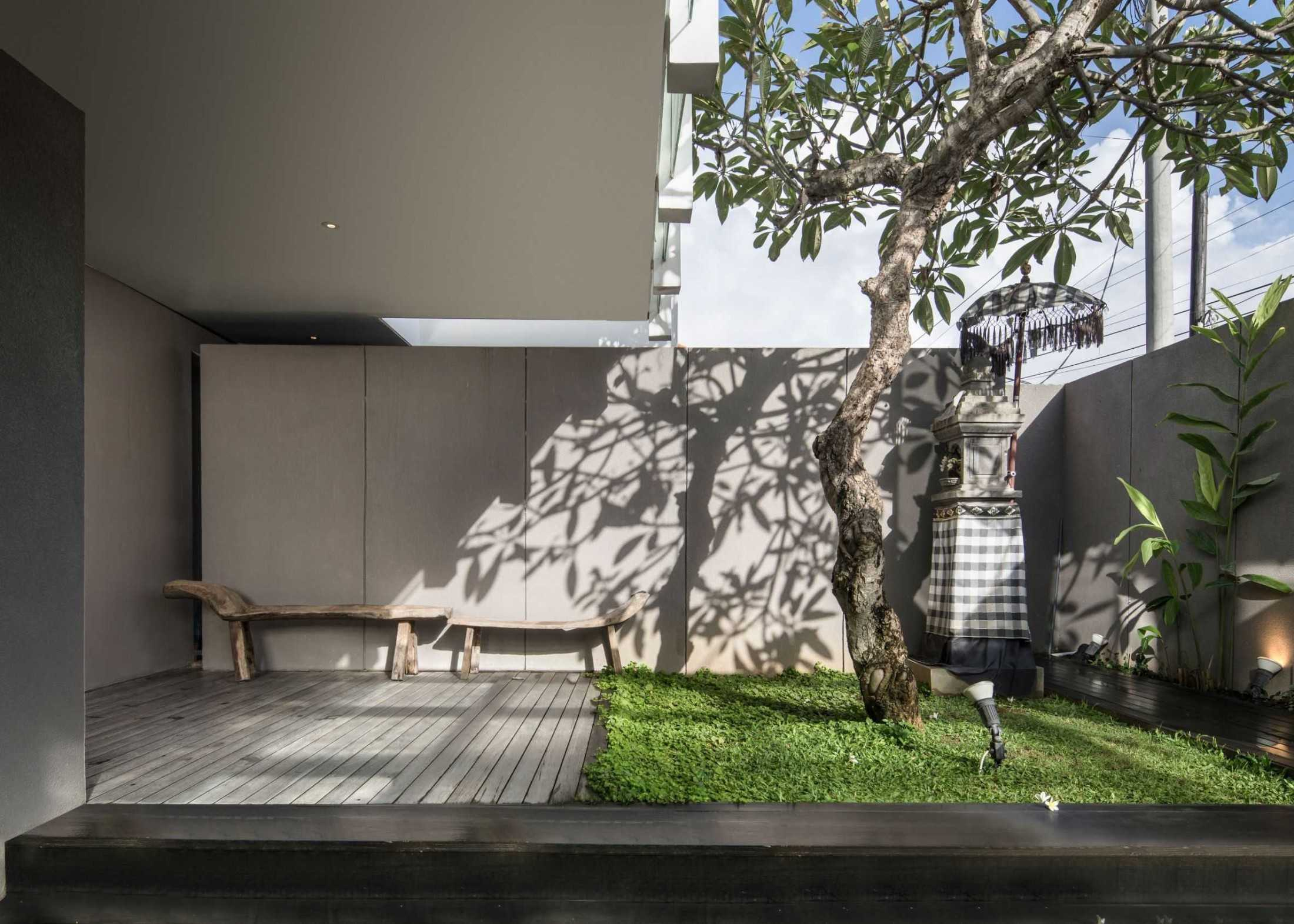 Hadivincent Architects Yy Residence Kota Denpasar, Bali, Indonesia Kota Denpasar, Bali, Indonesia Hadivincent-Architects-Yy-House  75720