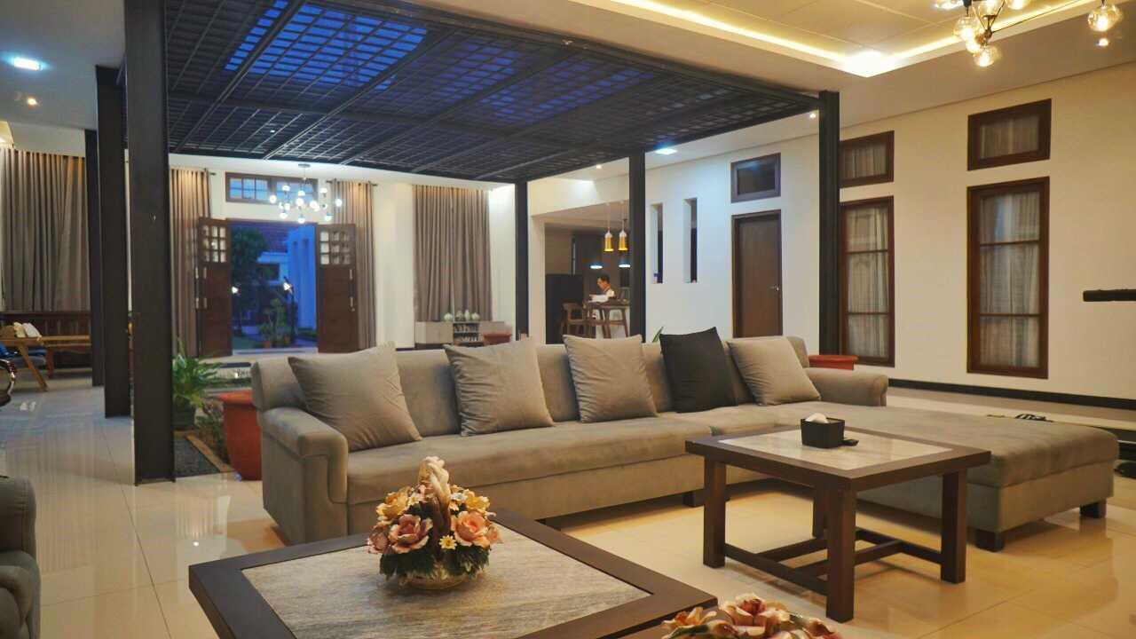 Aksioma Design & Construction Wh House Way Halim, Kota Bandar Lampung, Lampung, Indonesia Way Halim, Kota Bandar Lampung, Lampung, Indonesia Aksioma-Design-Construction-Wh-House  71345