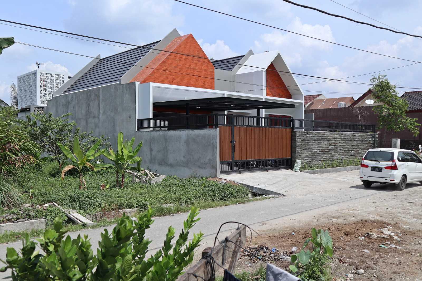 Bd Studio Ss Villa House Medan, Kota Medan, Sumatera Utara, Indonesia Medan, Kota Medan, Sumatera Utara, Indonesia Bd-Studio-Ss-Villa-House  74086