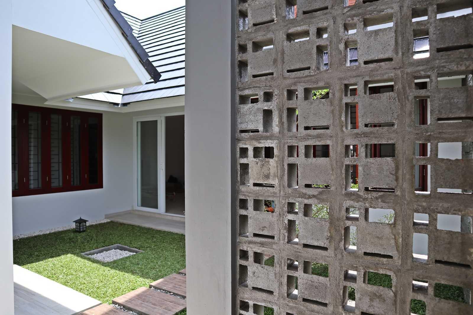 Bd Studio Ss Villa House Medan, Kota Medan, Sumatera Utara, Indonesia Medan, Kota Medan, Sumatera Utara, Indonesia Bd-Studio-Ss-Villa-House  74097