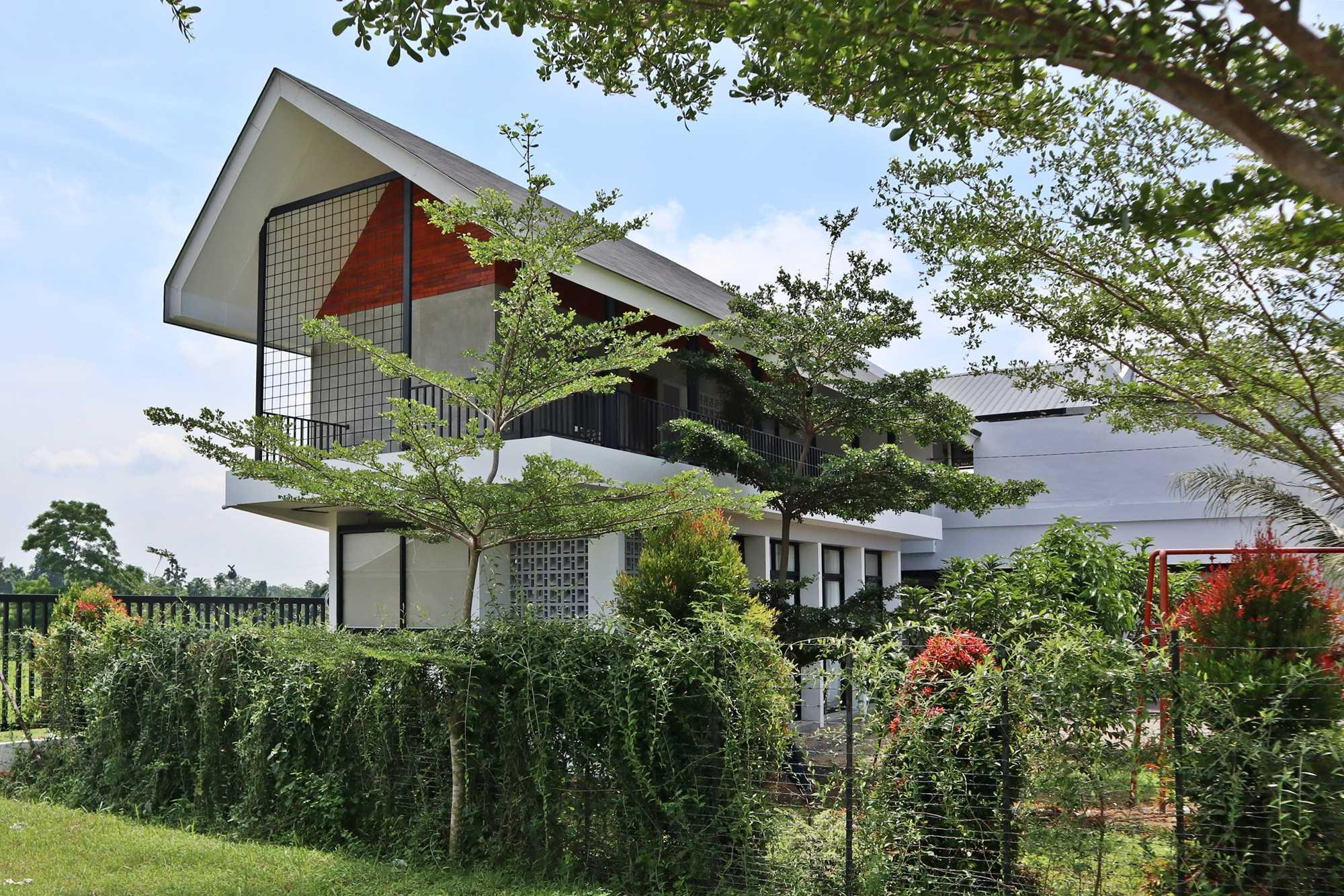 Bd Studio Je Villa House Medan, Kota Medan, Sumatera Utara, Indonesia Medan, Kota Medan, Sumatera Utara, Indonesia Bd-Studio-Je-Villa-House  74113