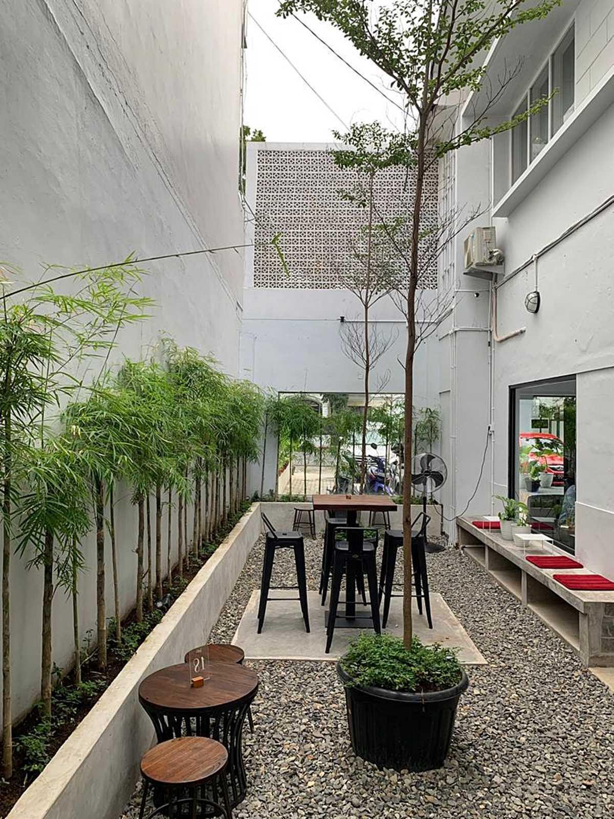 Bd Studio Tamoe Coffee & Resto Medan, Kota Medan, Sumatera Utara, Indonesia Medan, Kota Medan, Sumatera Utara, Indonesia Bd-Studio-Tamoe-Coffee-Resto  80742