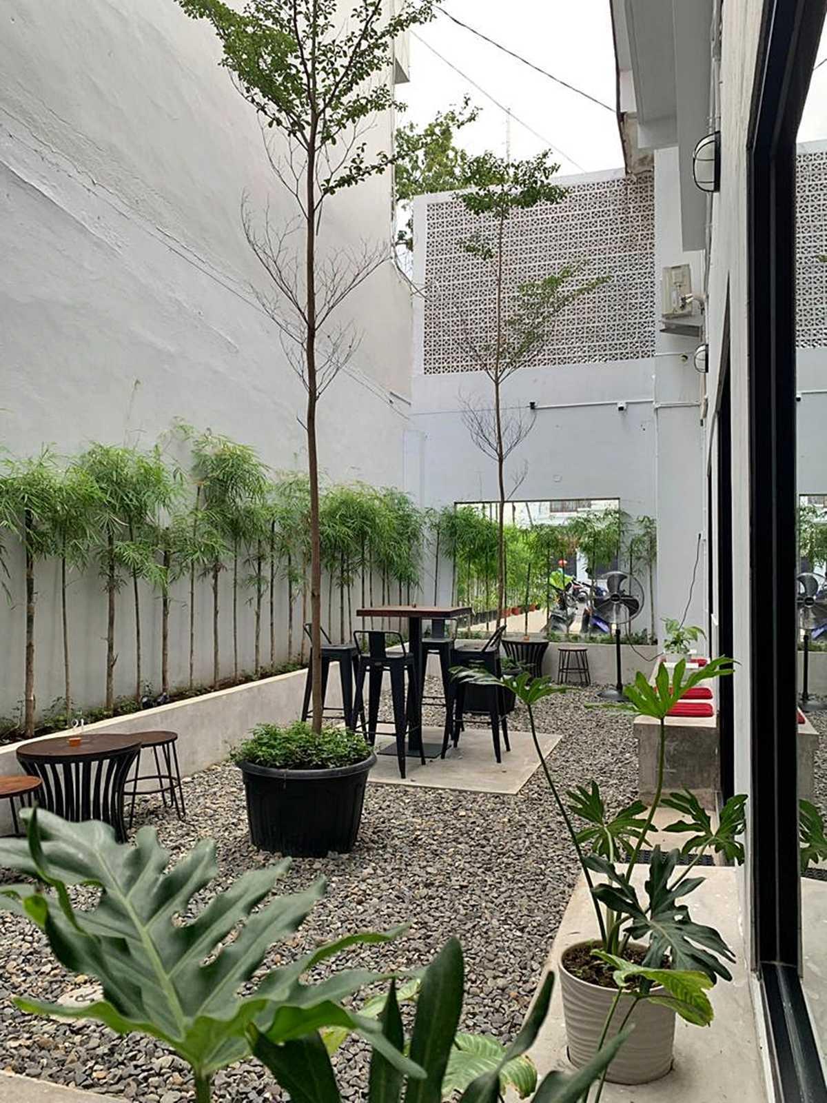 Bd Studio Tamoe Coffee & Resto Medan, Kota Medan, Sumatera Utara, Indonesia Medan, Kota Medan, Sumatera Utara, Indonesia Bd-Studio-Tamoe-Coffee-Resto  80744
