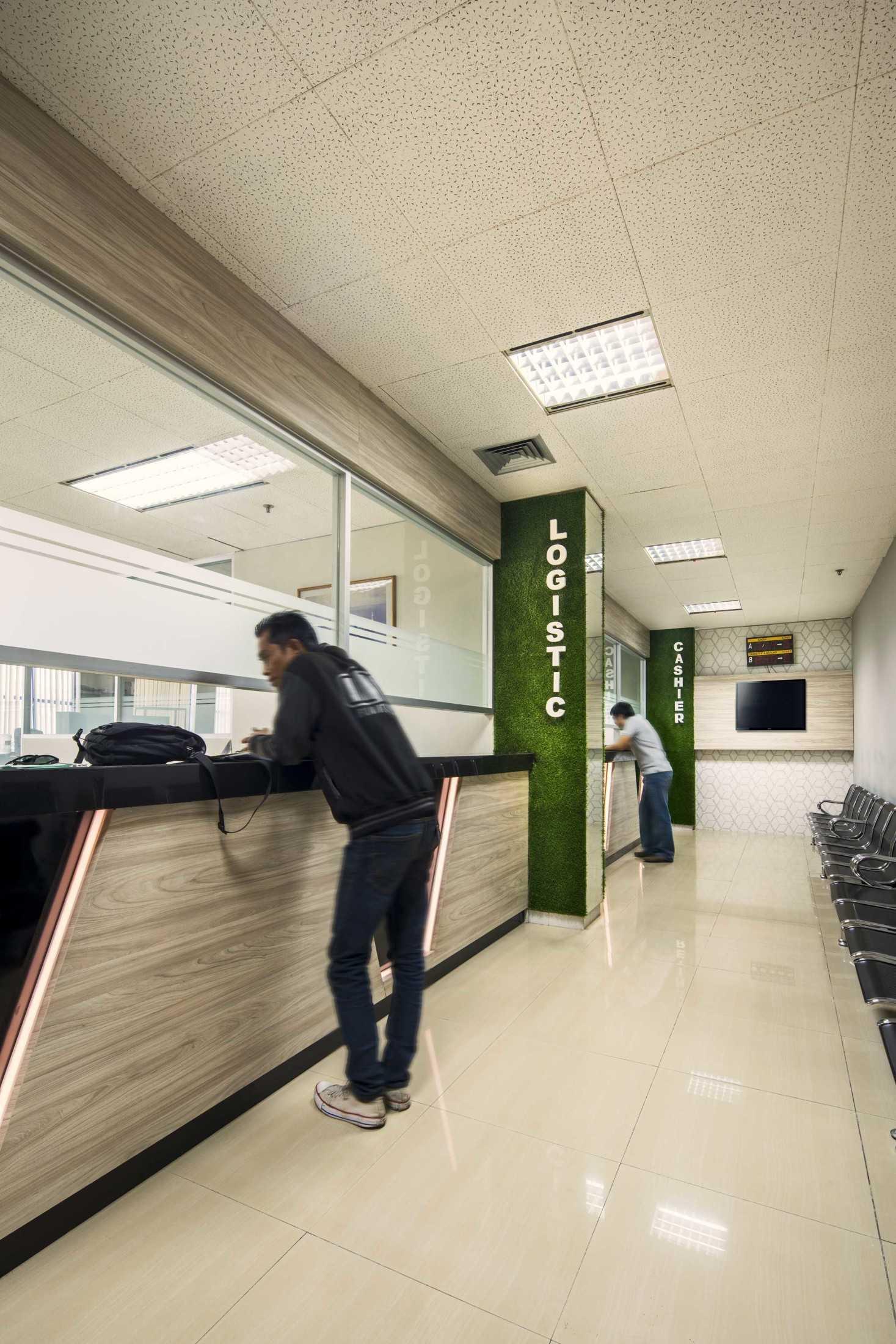 Hausse Interior Evergreen Line Office Surabaya, Kota Sby, Jawa Timur, Indonesia Surabaya, Kota Sby, Jawa Timur, Indonesia Evergreen Line Office  75624