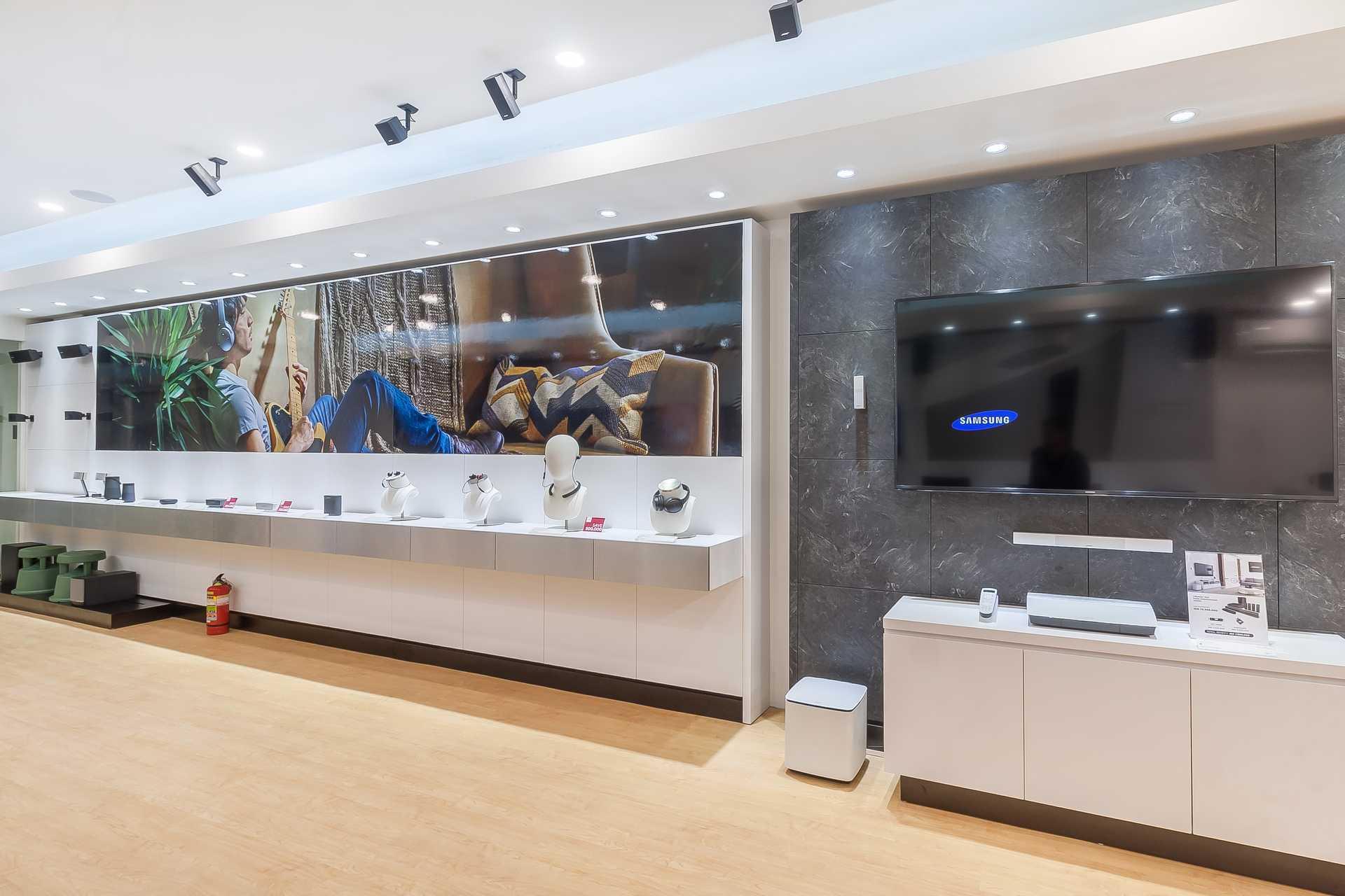 Asakiwari Bose Store Mall Bali Galeria Jl. By Pass Ngurah Rai, Kuta, Kabupaten Badung, Bali 80361, Indonesia Jl. By Pass Ngurah Rai, Kuta, Kabupaten Badung, Bali 80361, Indonesia Asakiwari-Bose-Store-Mall-Bali-Galeria  75786