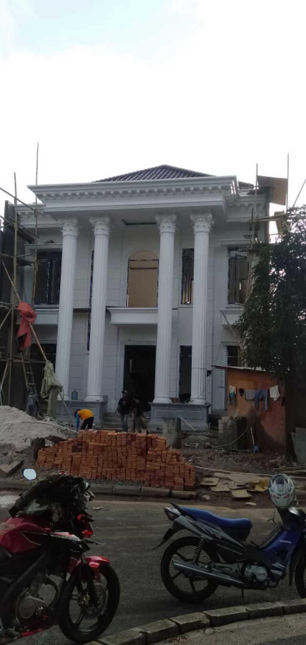 Vanproject Rumah Clasik Modern Cisarua, Kec. Cisarua, Bogor, Jawa Barat, Indonesia Cisarua, Kec. Cisarua, Bogor, Jawa Barat, Indonesia Vanproject-Rumah-Clasik-Modern  132343