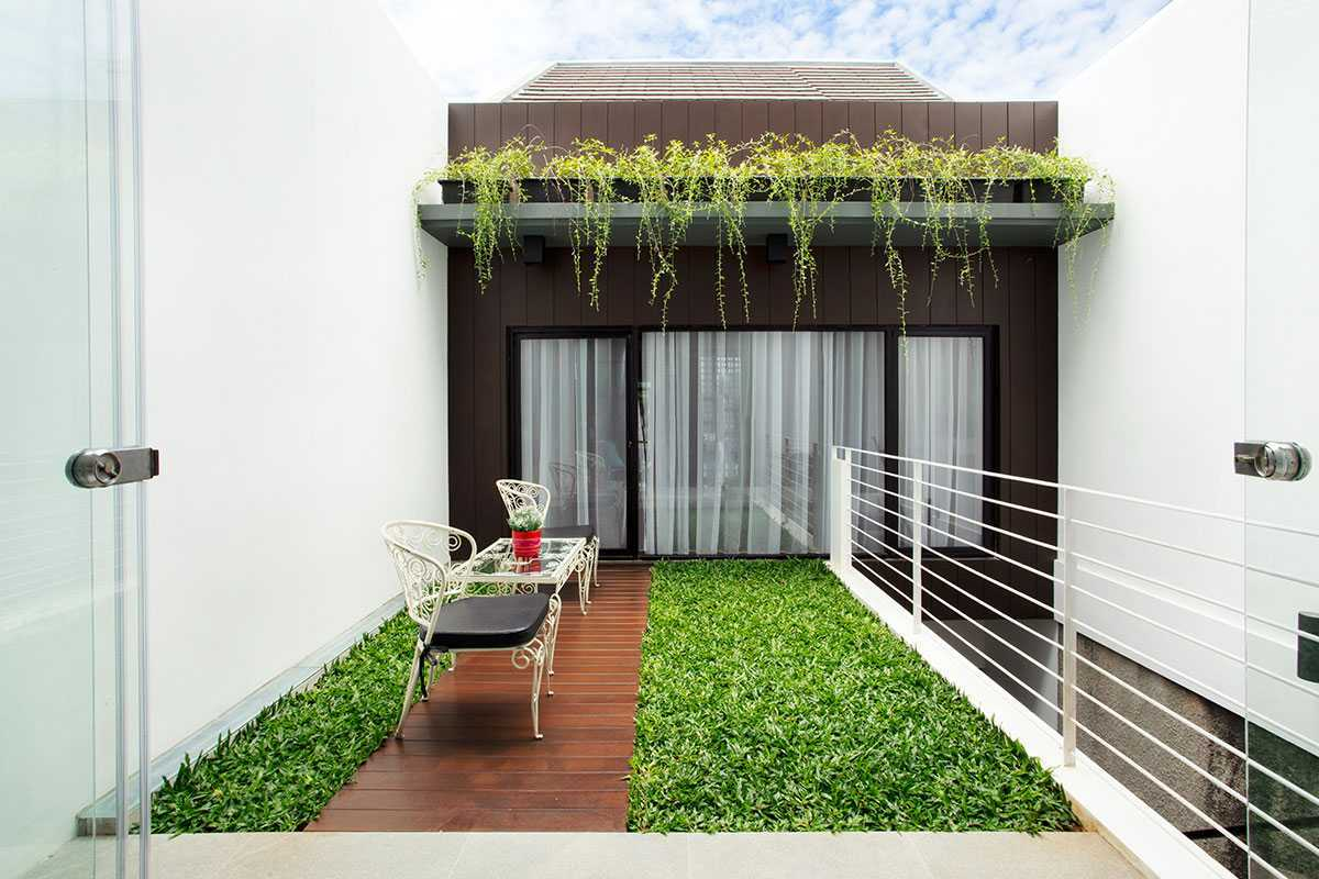 Vindo Design Urban House 2.0 Jakarta Selatan, Kota Jakarta Selatan, Daerah Khusus Ibukota Jakarta, Indonesia Jakarta Selatan, Kota Jakarta Selatan, Daerah Khusus Ibukota Jakarta, Indonesia Innercourt Urban House 2.0  90371