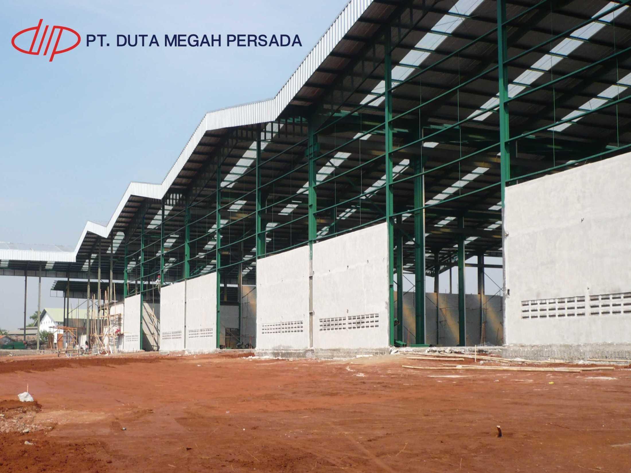 Pt. Duta Megah Persada Bangunan Gudang Kantor Bogor, Jawa Barat, Indonesia Bogor, Jawa Barat, Indonesia Pt-Duta-Megah-Persada-Konstruksi-Baja-Konstruksi-Gudang  102386