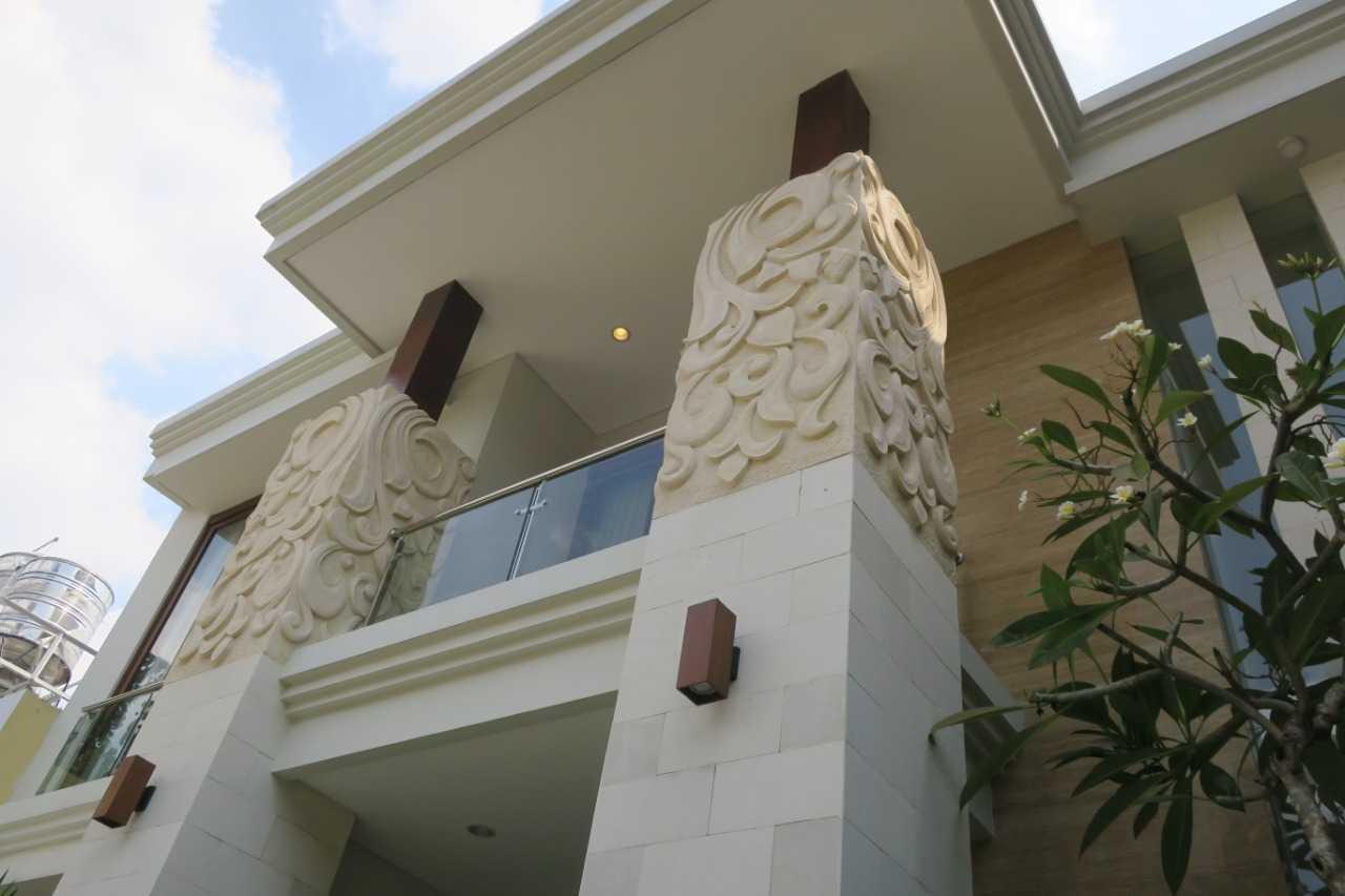 Emporio Architect Hasil Konstruksi Rumah Villa Bali Tropis 154 @ Jakarta Jakarta, Daerah Khusus Ibukota Jakarta, Indonesia Jakarta, Daerah Khusus Ibukota Jakarta, Indonesia Emporio-Architect-Hasil-Konstruksi-Rumah-Villa-Bali-Tropis-154-Jakarta  74233